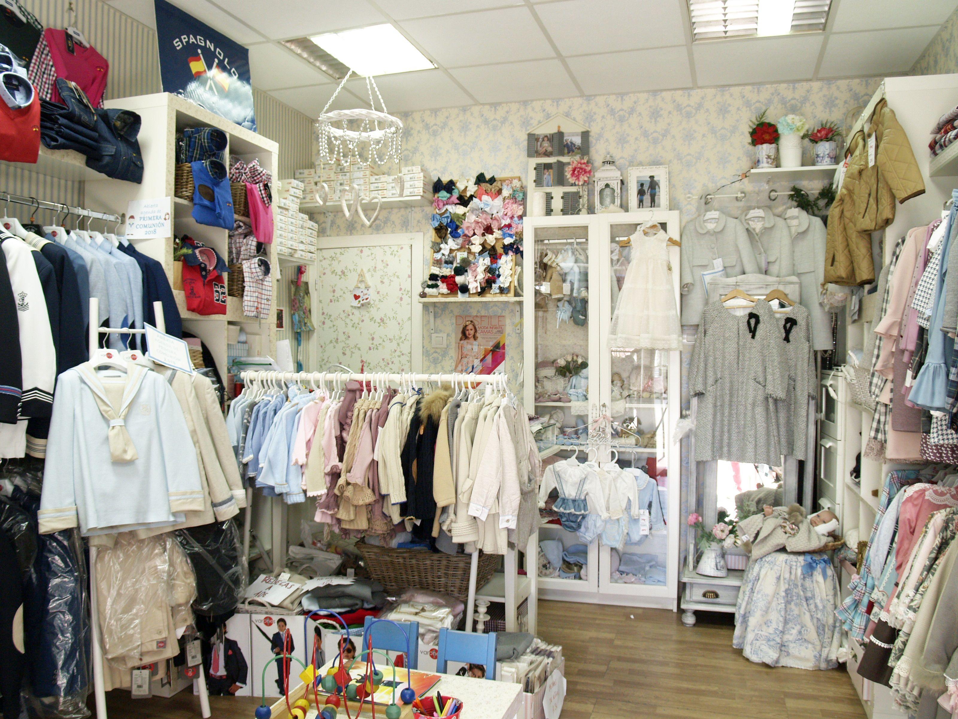 Venta de ropa para niños en Sevilla