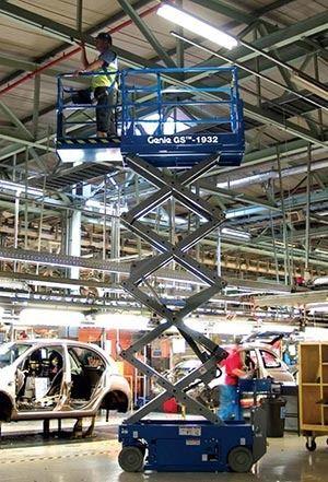 Plataformas de tijera: Productos y servicios de Altex Plataformas Aéreas S.L.
