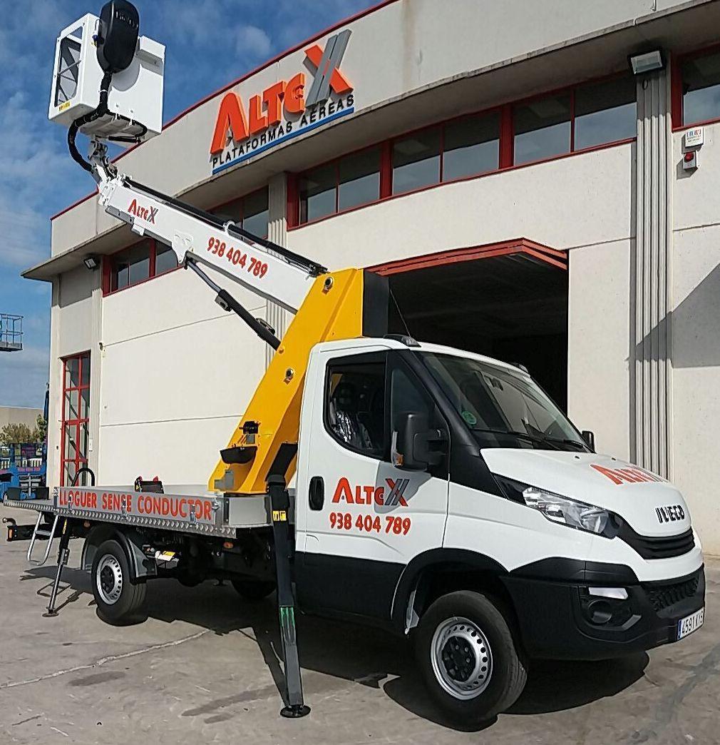 Plataformas sobre vehículos: Productos y servicios de Plataformas Aéreas Altex SL