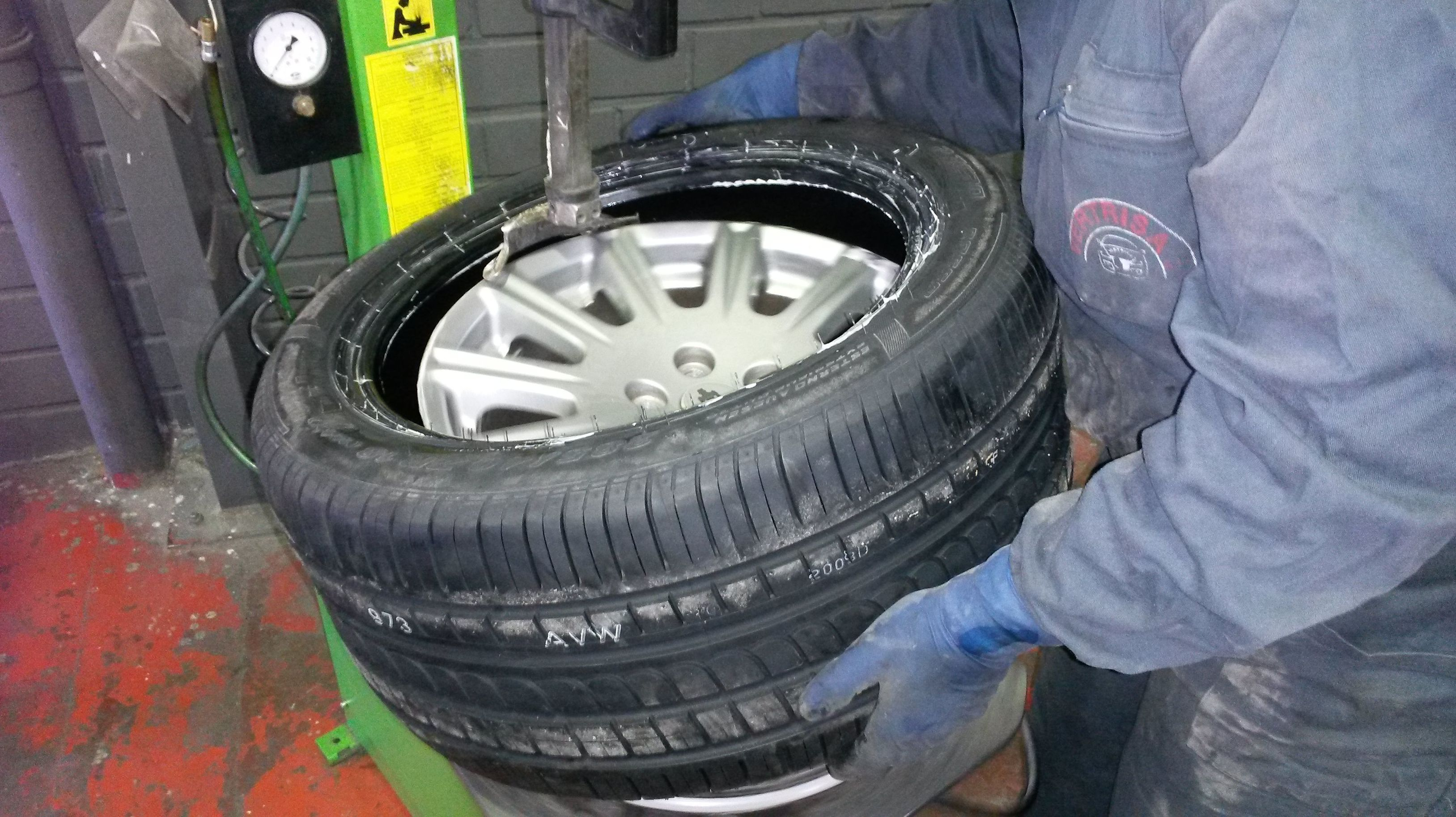 Cambio de neumáticos Coslada