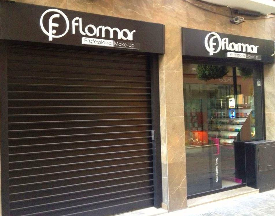 Fabricamos e instalamos esta nueva franquicia en Granada.