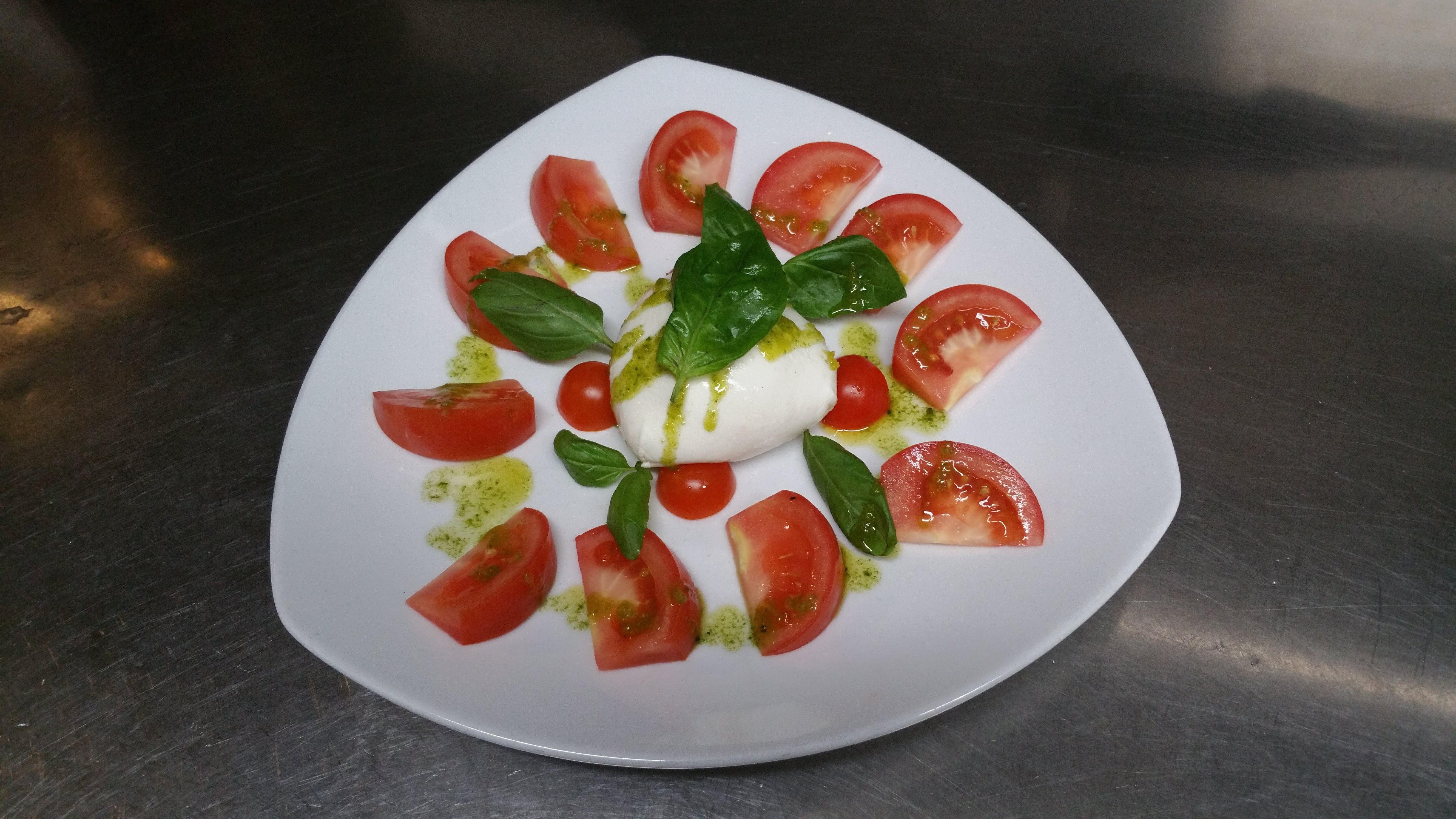 Verdure e insalate: Especialidades de Restaurante la Piccola Italia SCQ