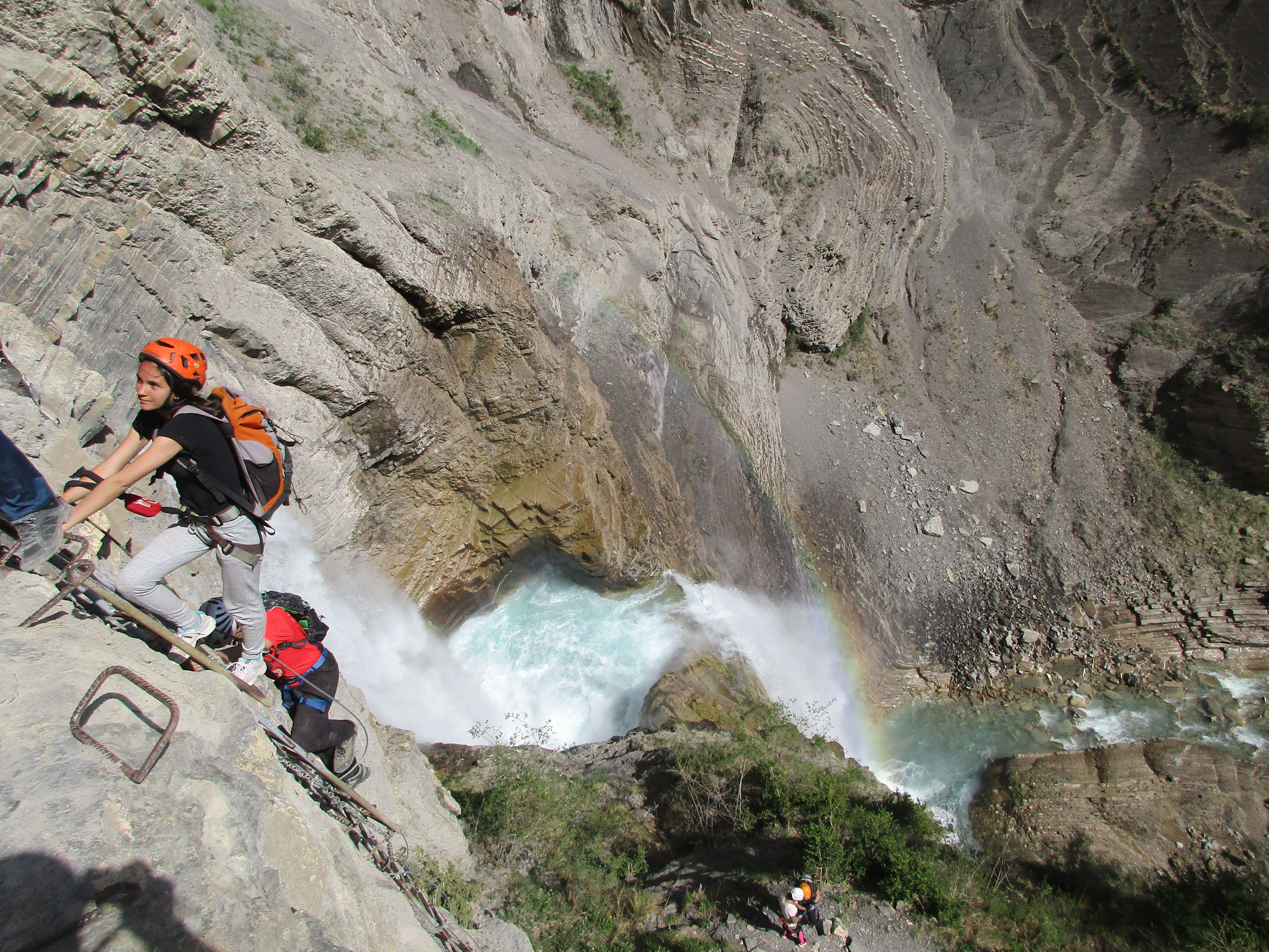 Barranquismo y excursiones en Huesca