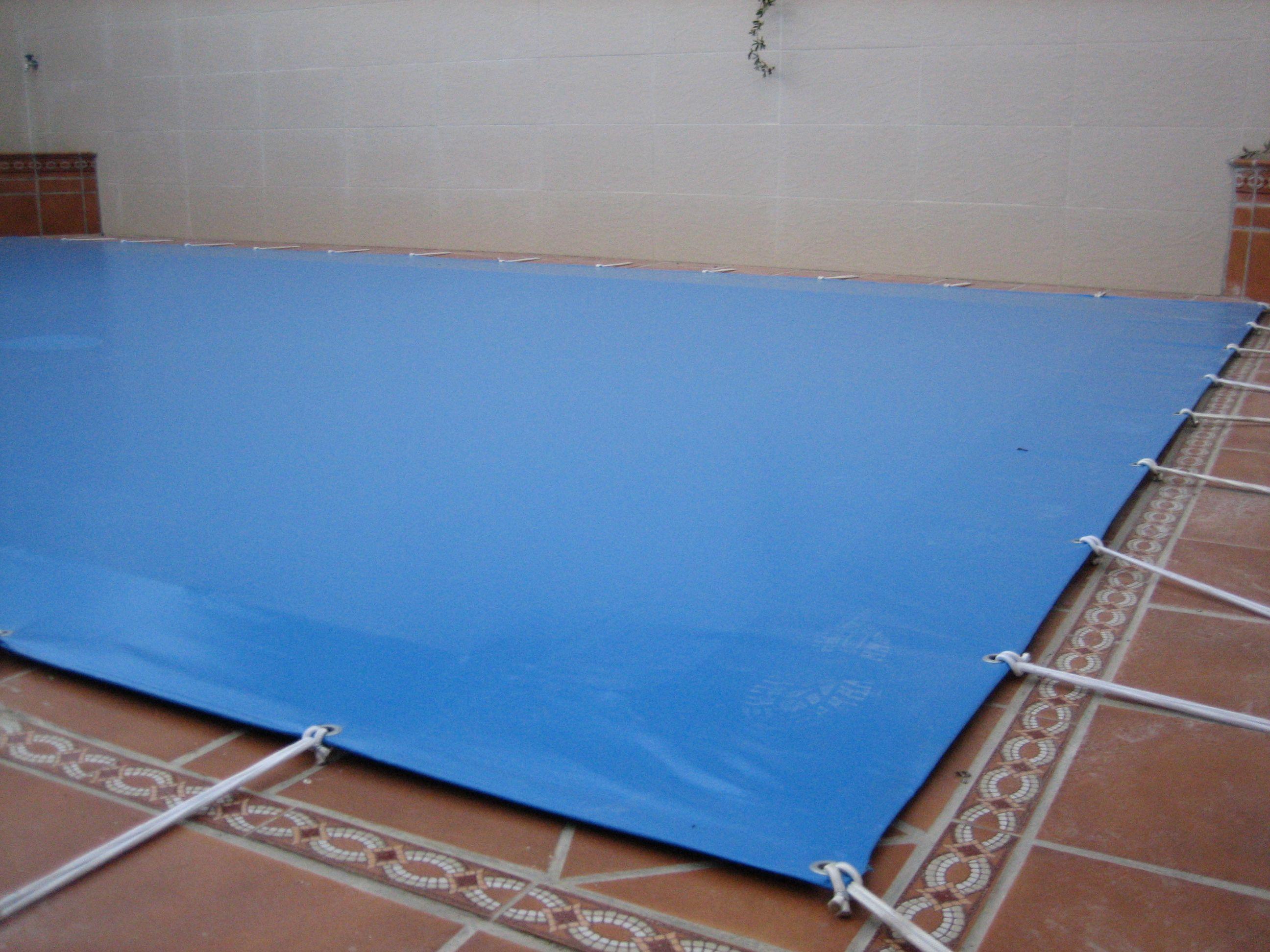 Instalación de protectores para piscinas