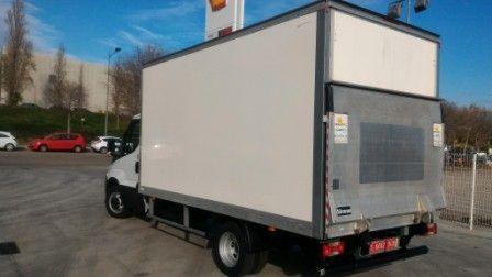 Vehículos con puerta elevadora: Alquiler de vehículos de Alinduve