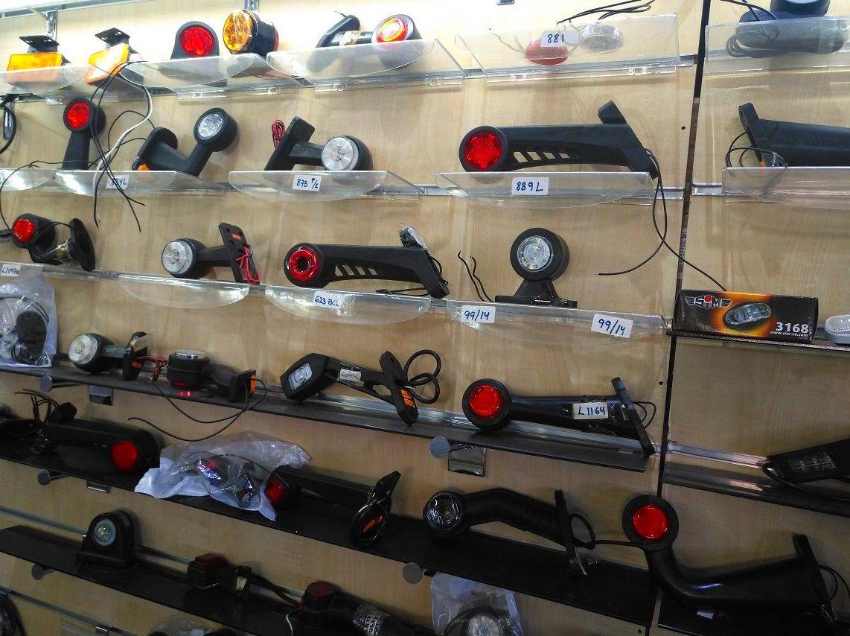 Foto 1 de Recambios y accesorios de todas las marcas para camiones y remolques en Cuart de Poblet | MCP