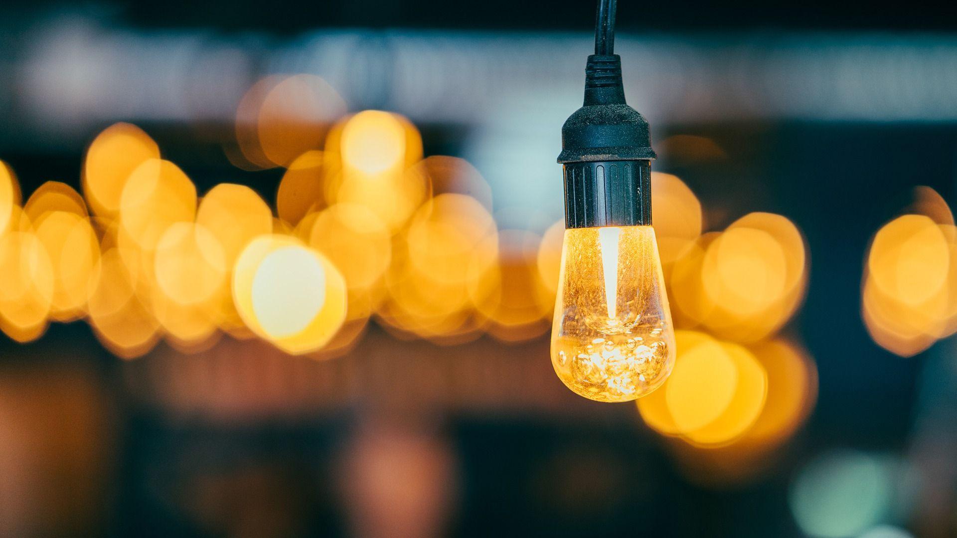 Nos encargamos de gestionar los sistemas de Iluminación de tu empresa