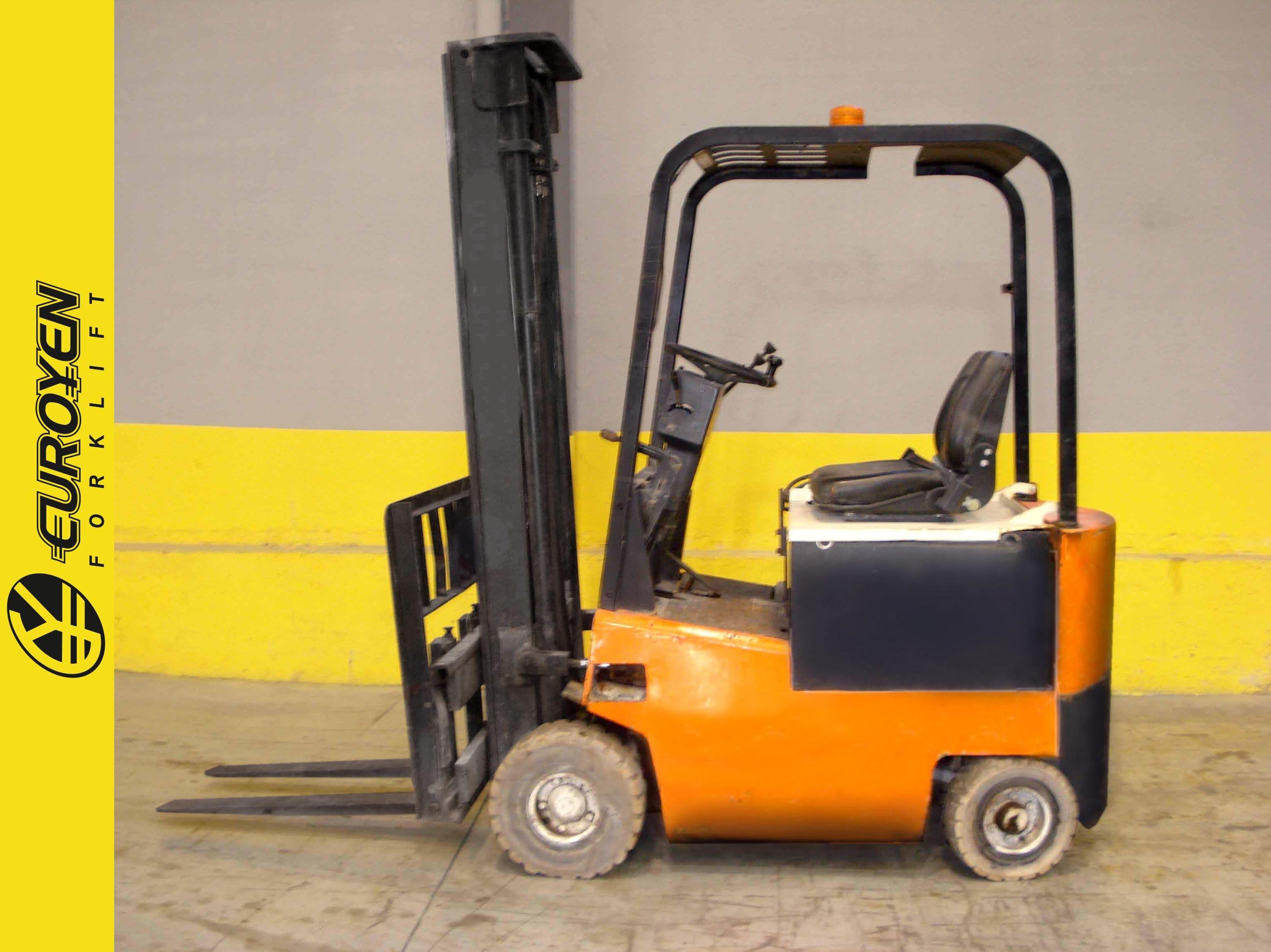 Carretilla eléctrica YALE Nº 5379: Productos y servicios de Comercial Euroyen, S. L.
