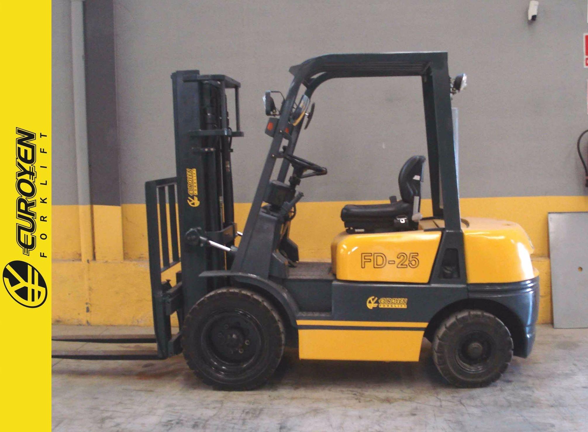 Carretilla diesel EUROYEN Nº 6145: Productos y servicios de Comercial Euroyen, S. L.