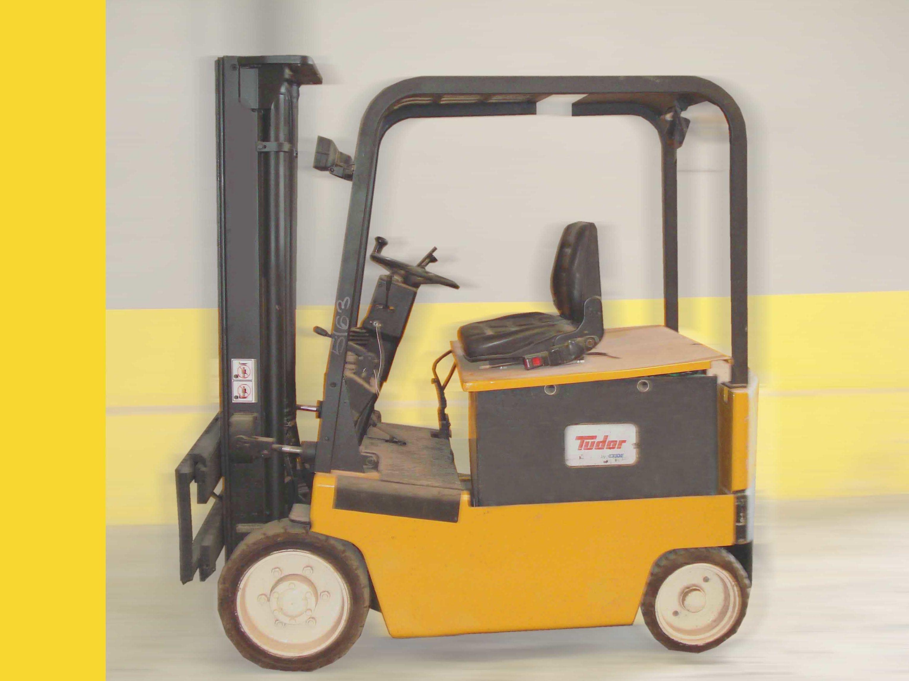 Carretilla eléctrica YALE Nº 5163: Productos y servicios de Comercial Euroyen, S. L.