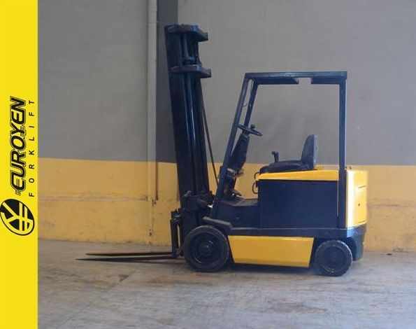 Carretilla eléctrica YALE Nº 5239: Productos y servicios de Comercial Euroyen, S. L.