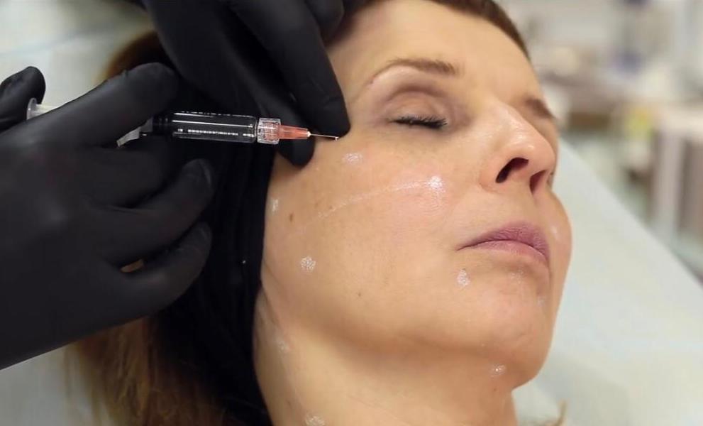 Foto 1 de Tratamientos faciales y corporales en  | Medicina & Estética Glamour