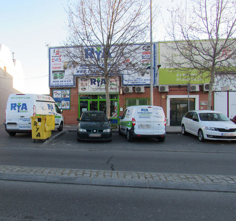 Tienda de recambios de automóvil en Collado Villalba