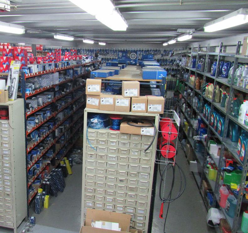 Tienda especializada en todo tipo de recambios y accesorios del automóvil