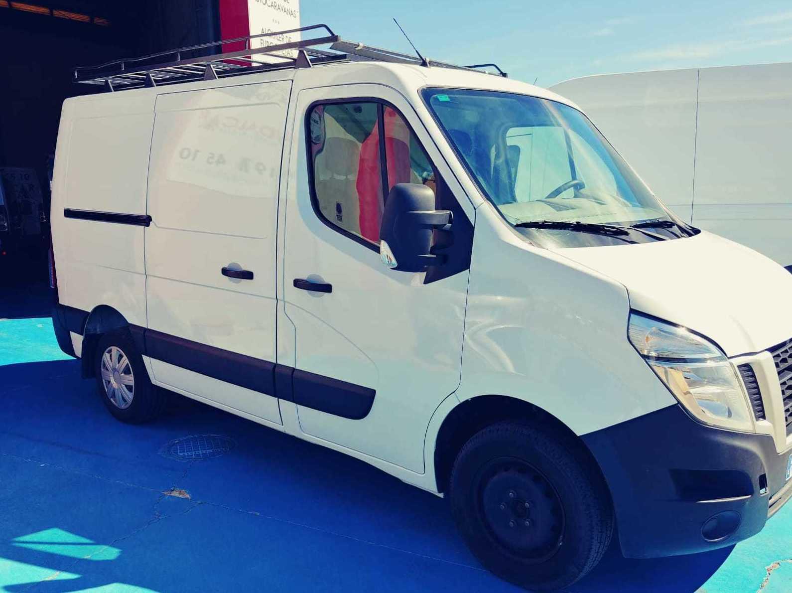 Foto 2 de Alquiler de coches y furgonetas en Castellón de la Plana | MUDALCAR     rent a car