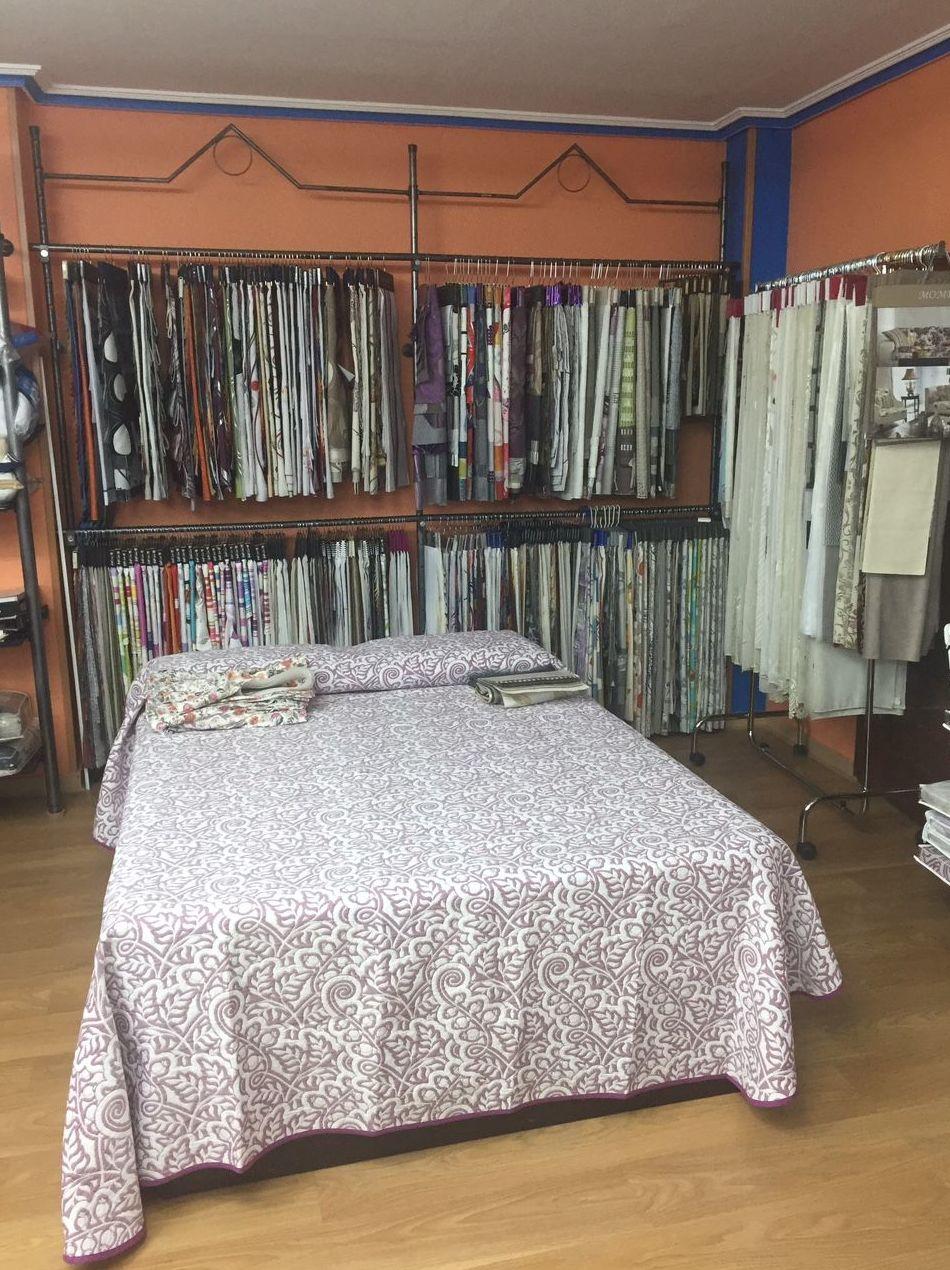 Amplia variedad de ropa del hogar
