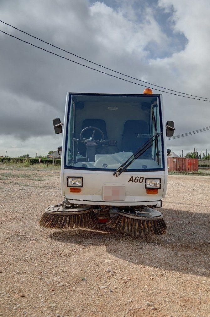 Camión barredor Iber Auction