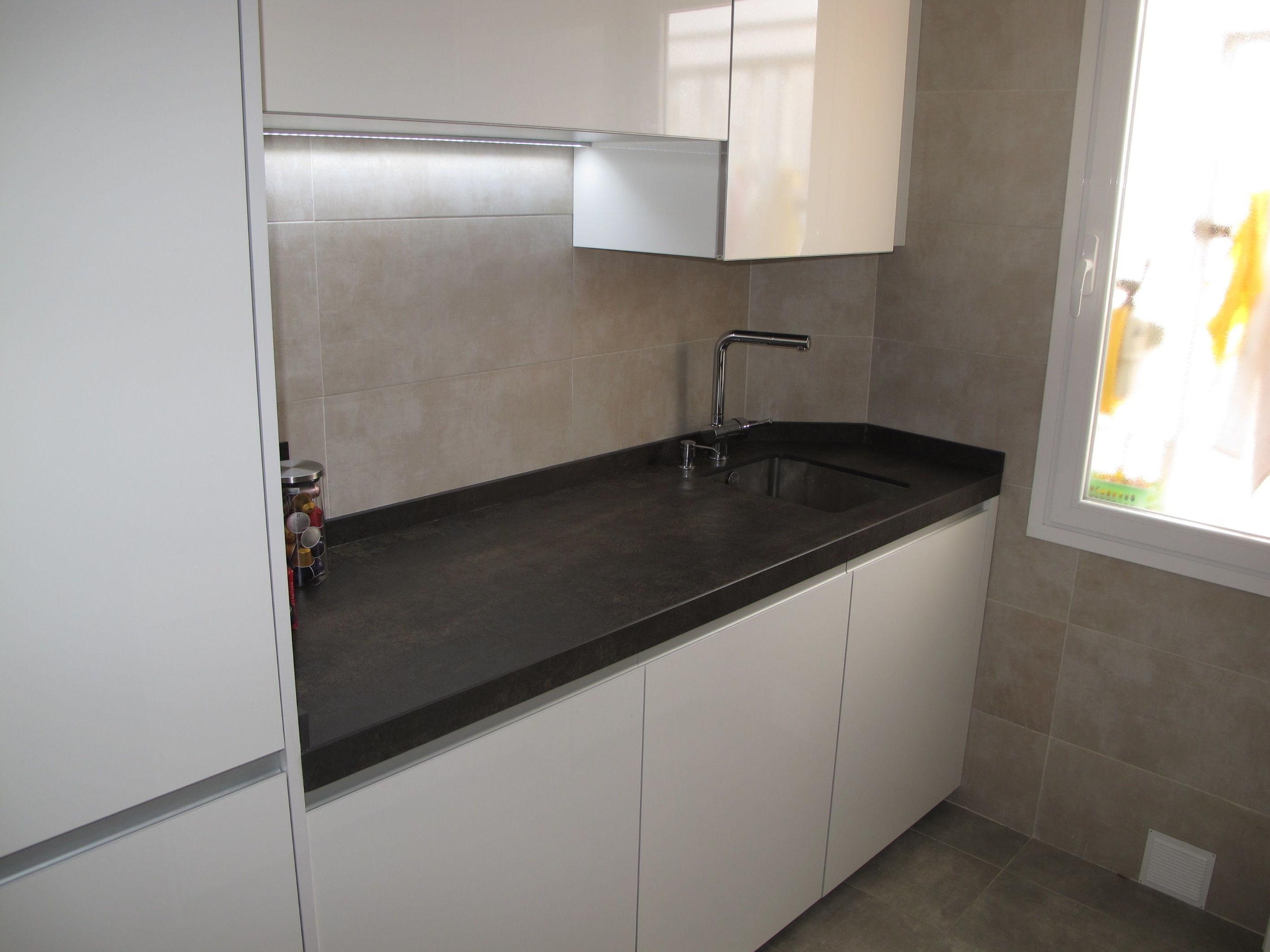 Muebles de cocina Blanco brillo intenso integracion total