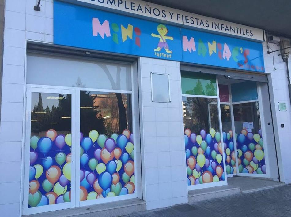 Foto 9 de Fiestas en Palma   Minimaniac`s