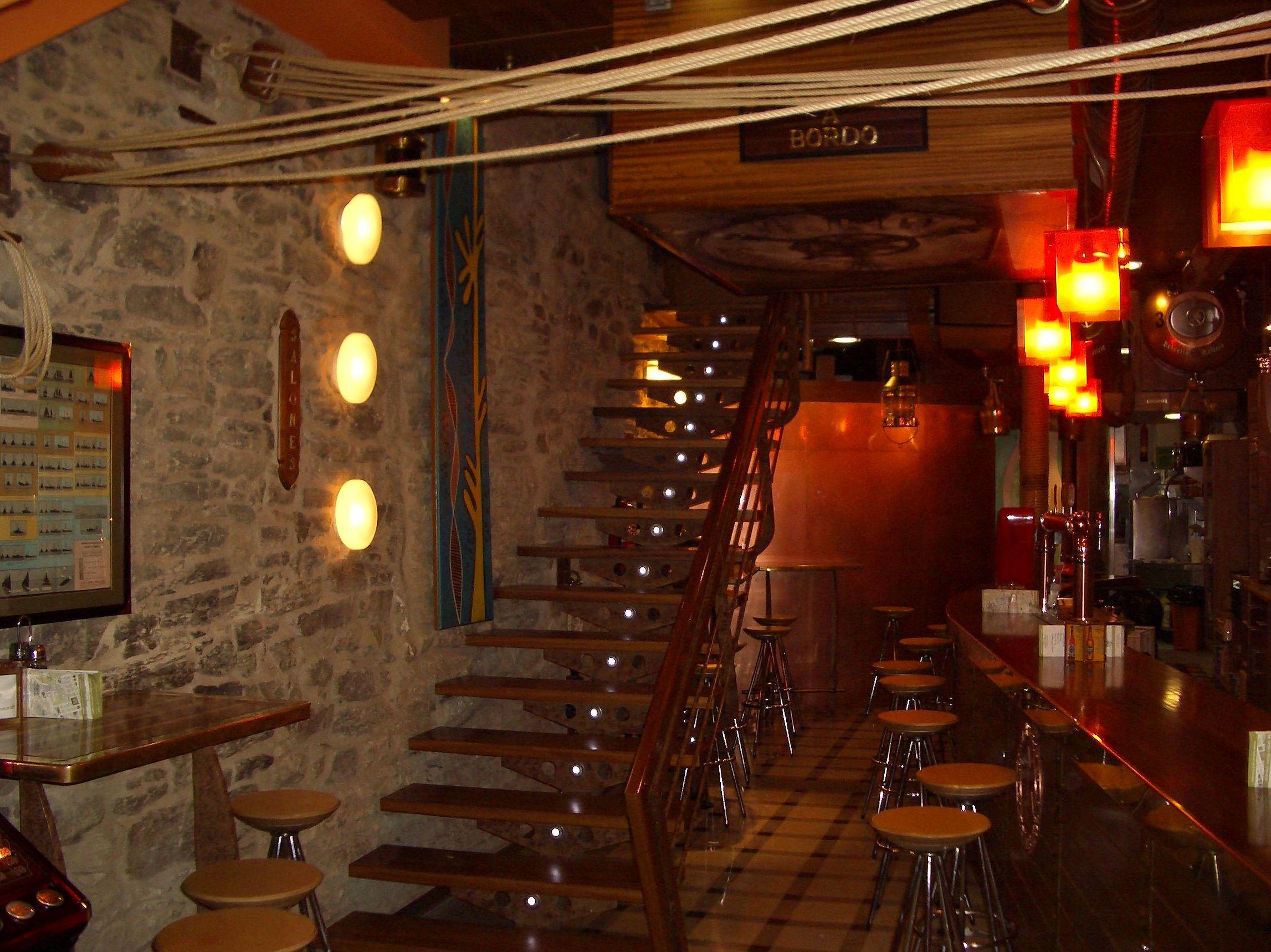 Foto 10 de Cocina tradicional en Santiago de Compostela | Galeón Raíña - Galeón Toural