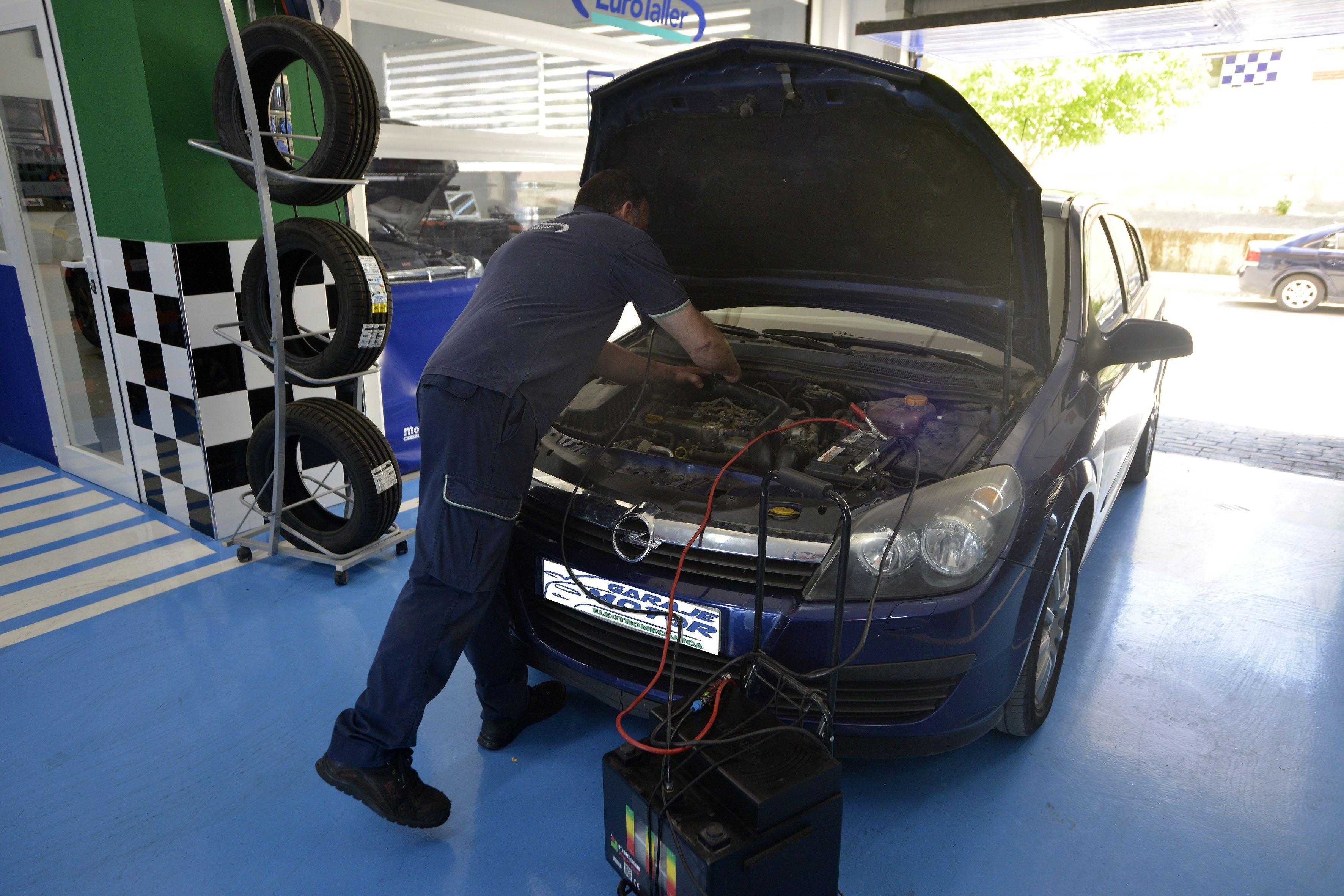 Foto 27 de Taller mecánico en Linares | Garaje Motor Linares