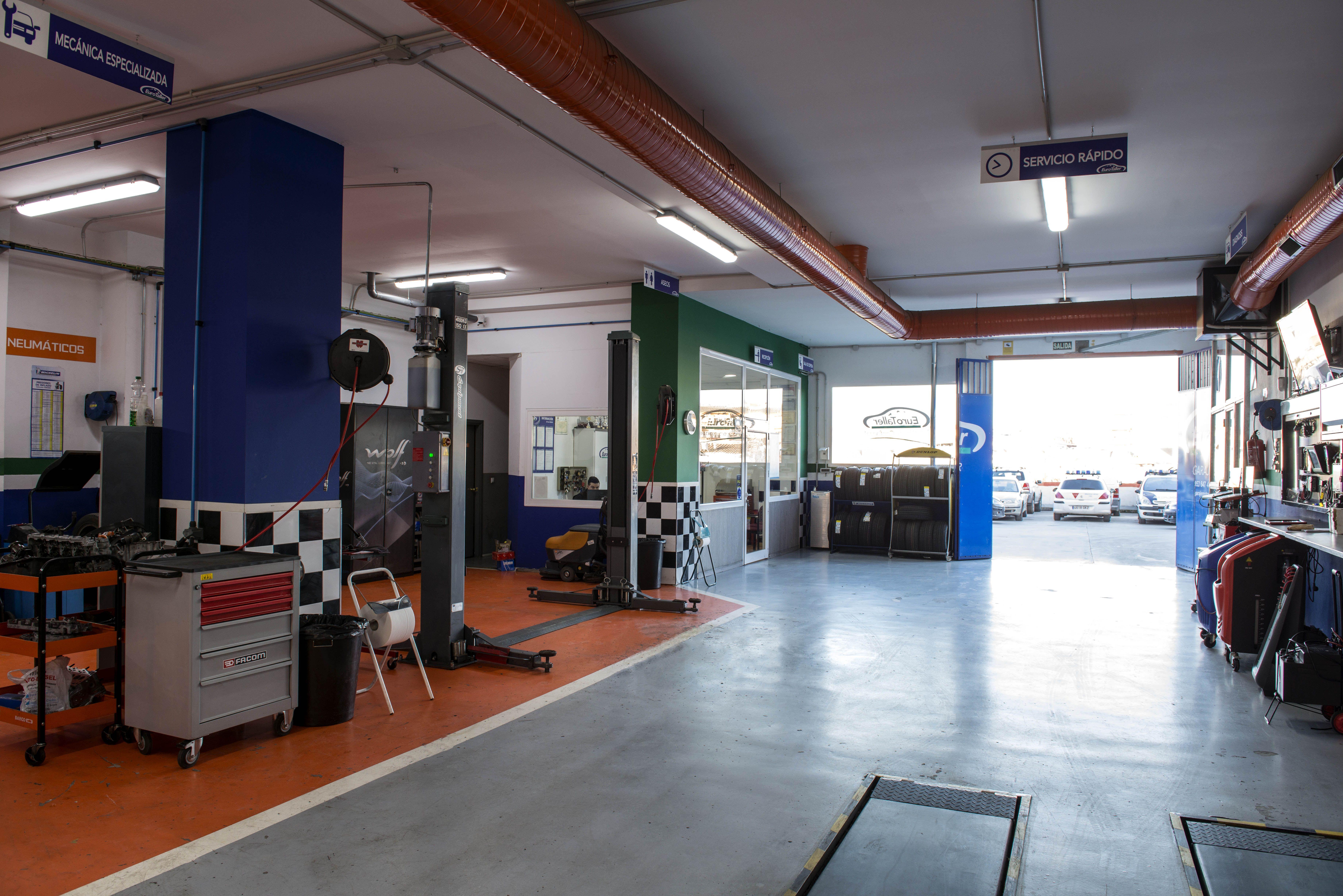 Foto 3 de Taller mecánico en Linares | Garaje Motor Linares
