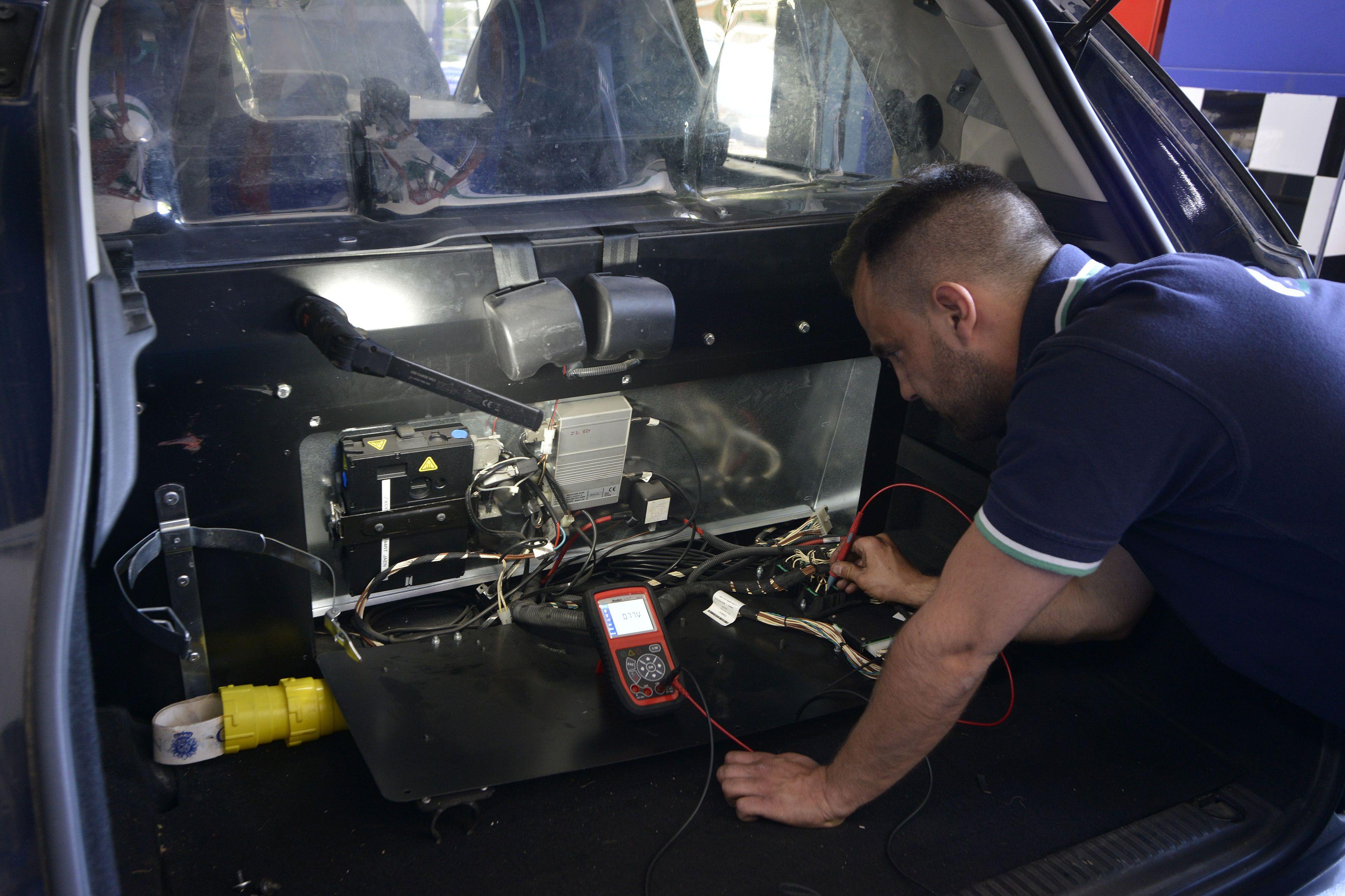 Foto 24 de Taller mecánico en Linares | Garaje Motor Linares