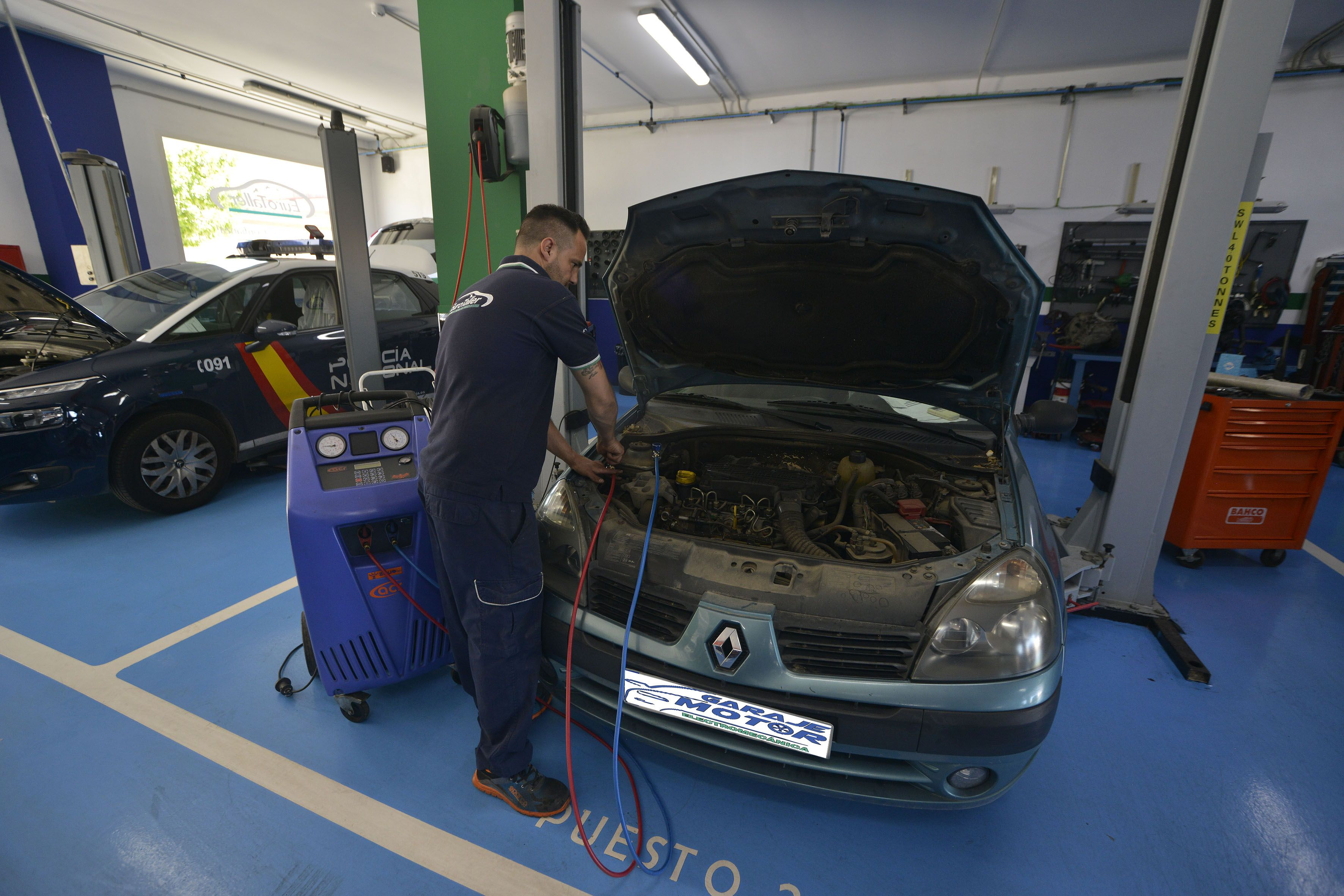Foto 31 de Taller mecánico en Linares   Garaje Motor Linares