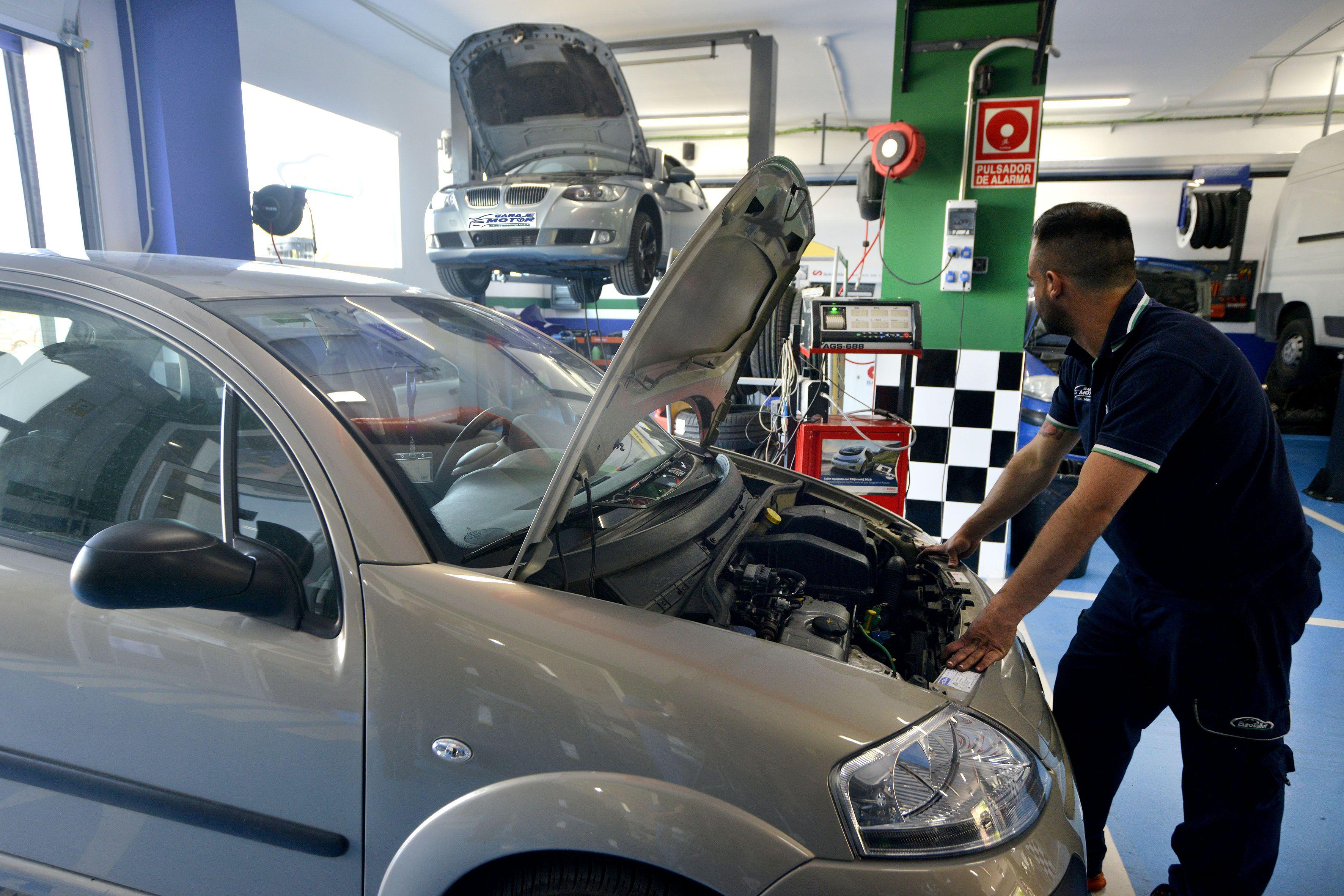 Foto 17 de Taller mecánico en Linares | Garaje Motor Linares