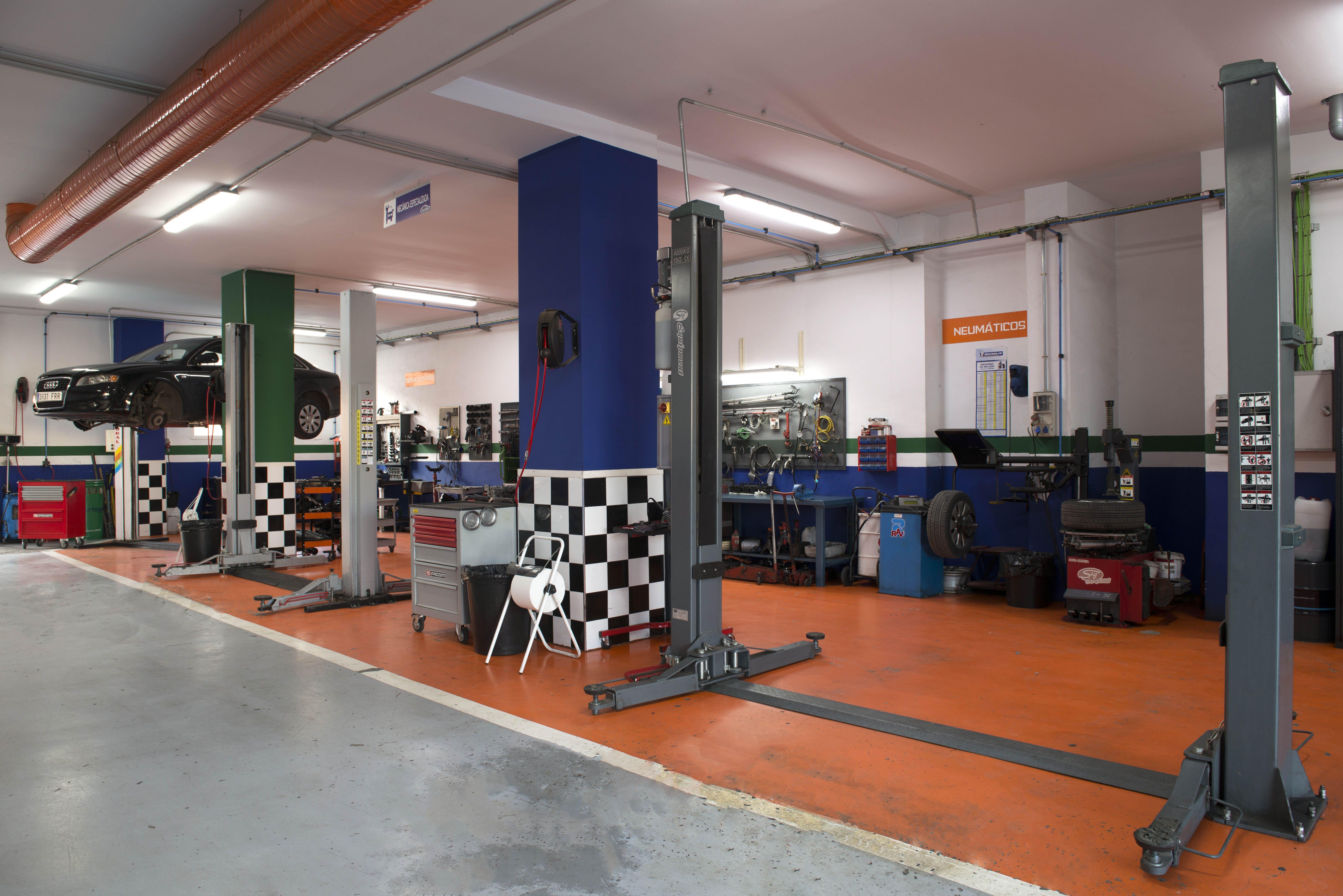 Foto 9 de Taller mecánico en Linares   Garaje Motor Linares