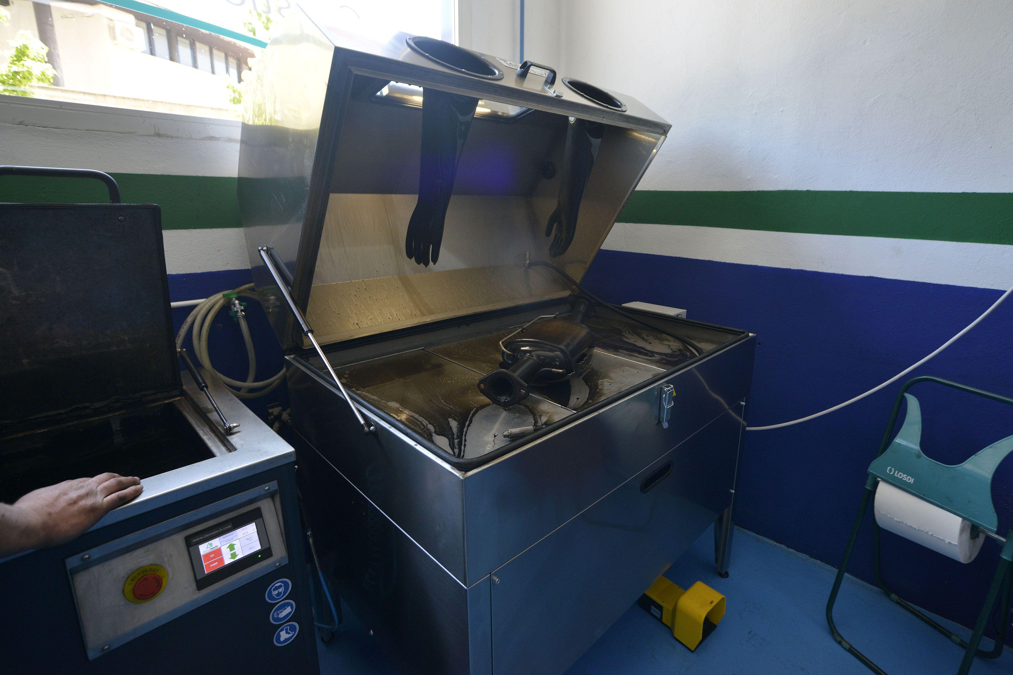 Foto 45 de Taller mecánico en Linares | Garaje Motor Linares