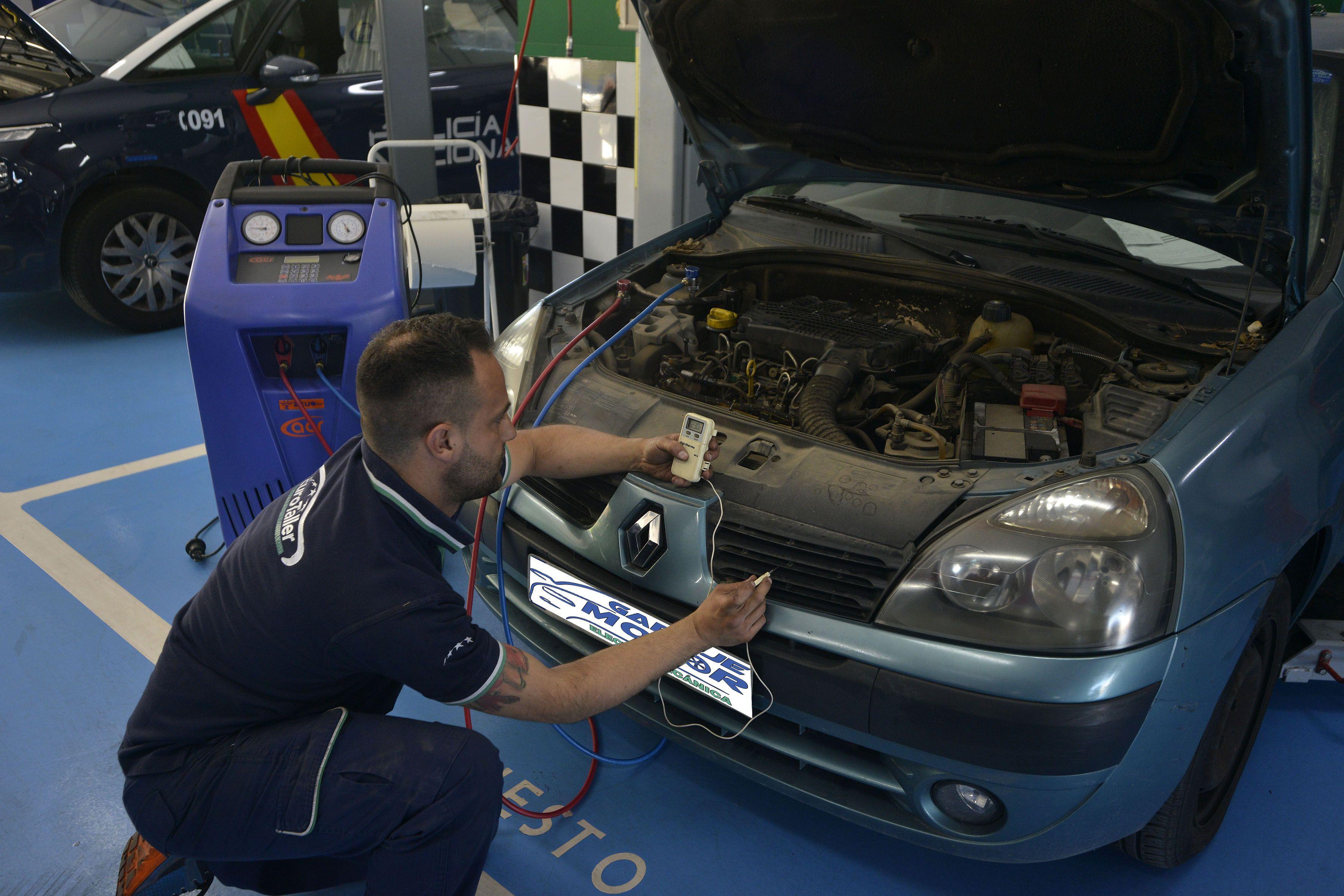 Taller especialista en electrónica de coches Jaén