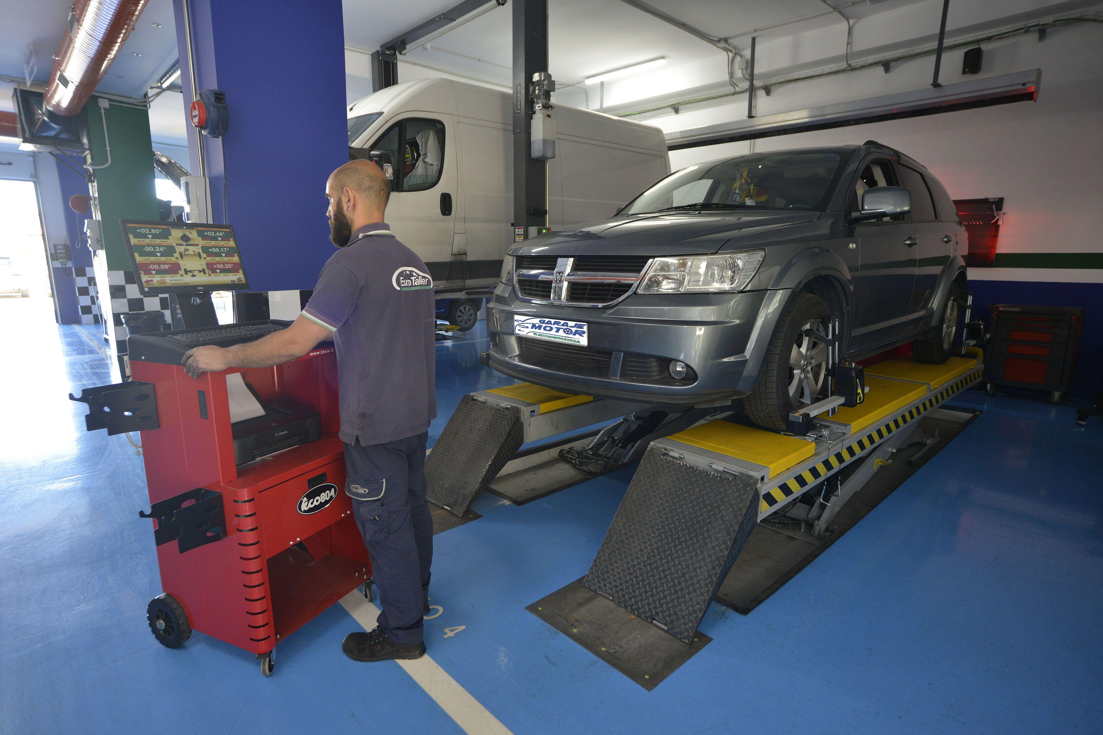 Foto 37 de Taller mecánico en Linares | Garaje Motor Linares