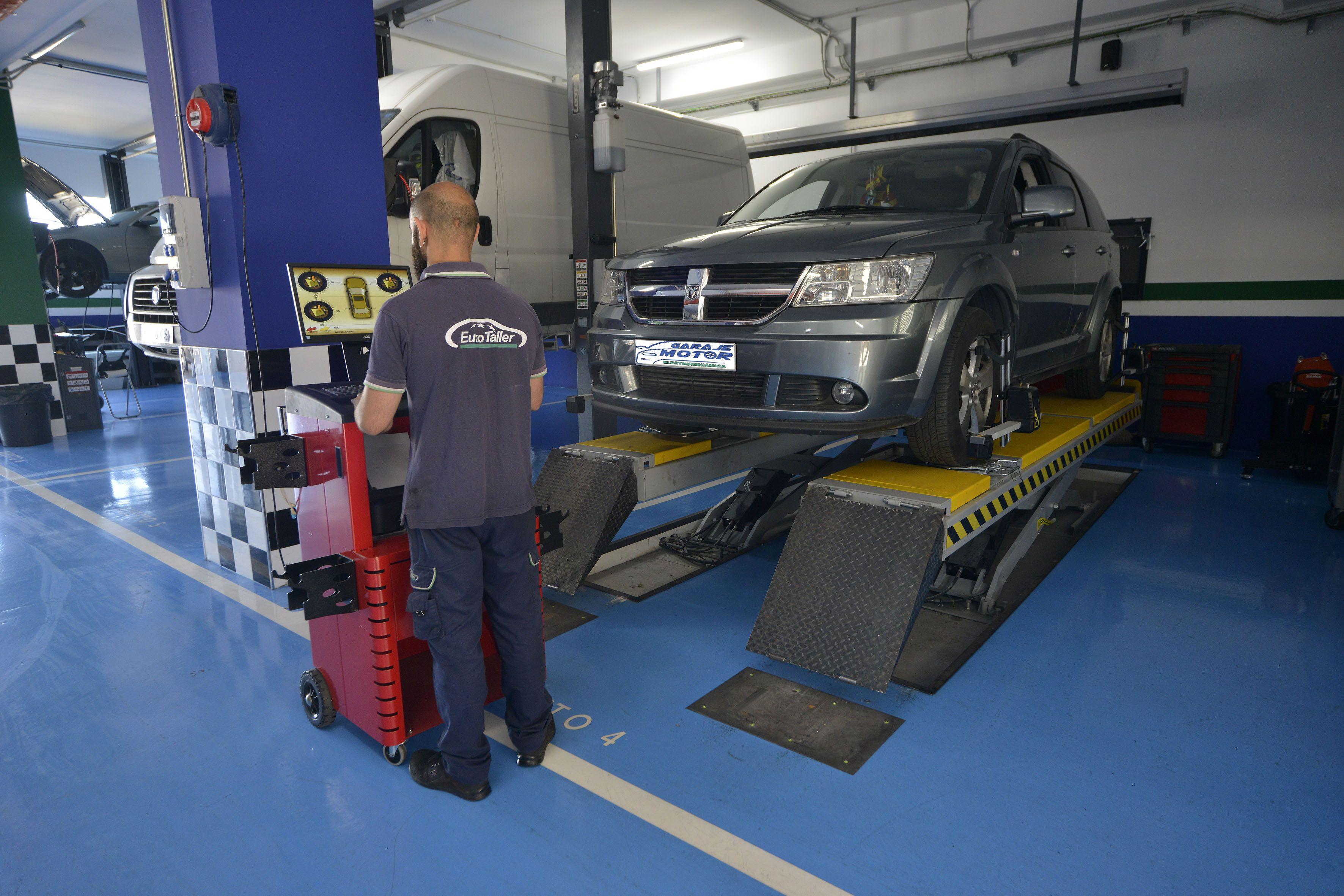 Foto 38 de Taller mecánico en Linares | Garaje Motor Linares