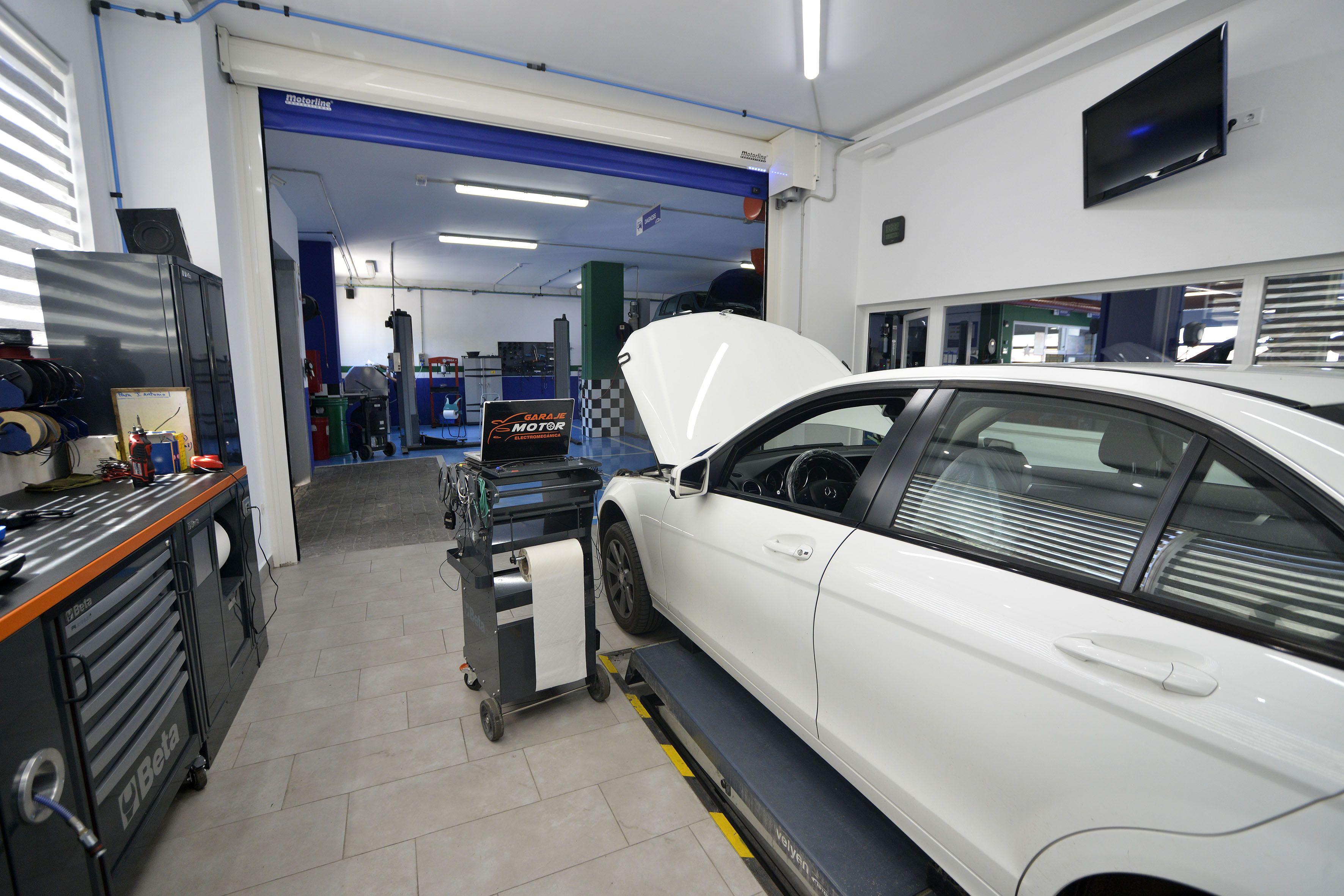 Foto 44 de Taller mecánico en Linares | Garaje Motor Linares