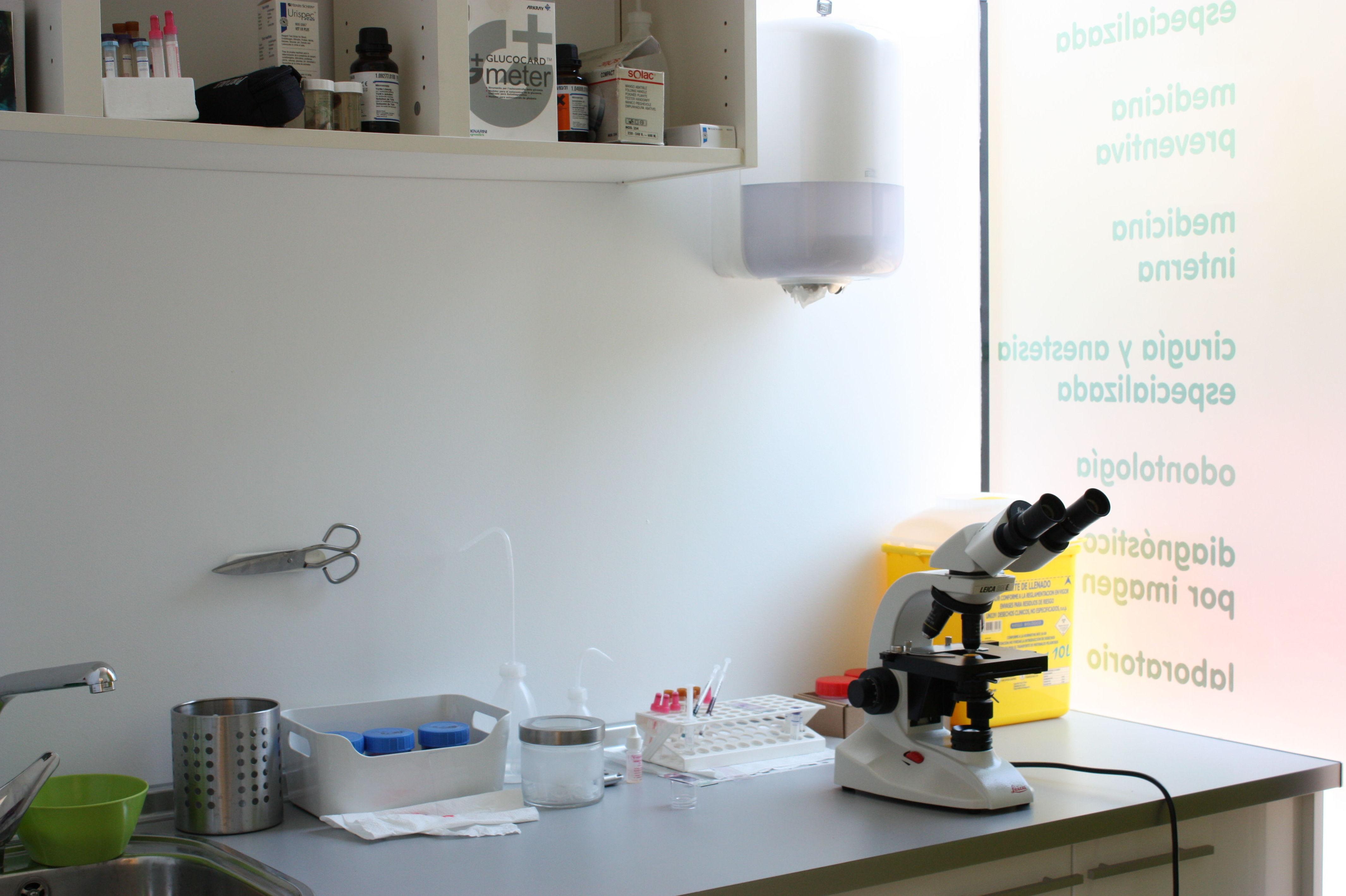 Laboratorio clínica de animales exóticos