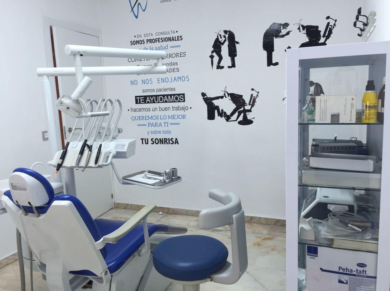 Foto 1 de Dentistas en  | Alfonso Ibáñez Fajardo