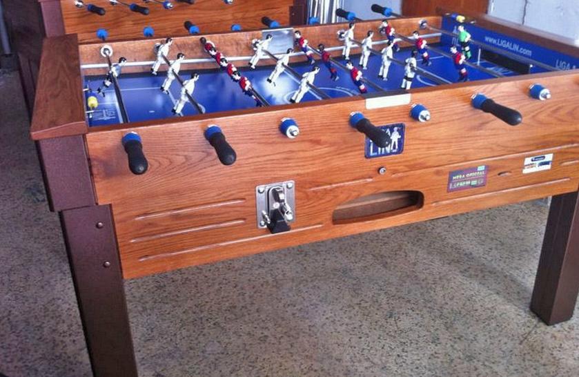 Futbolines para espacios recreativos