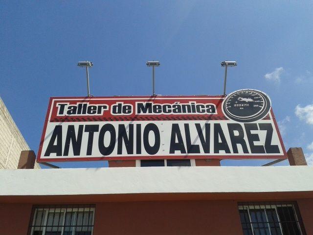 Foto 2 de Talleres de automóviles en Arona | Taller de mecánica Antonio Álvarez, S.L.L.