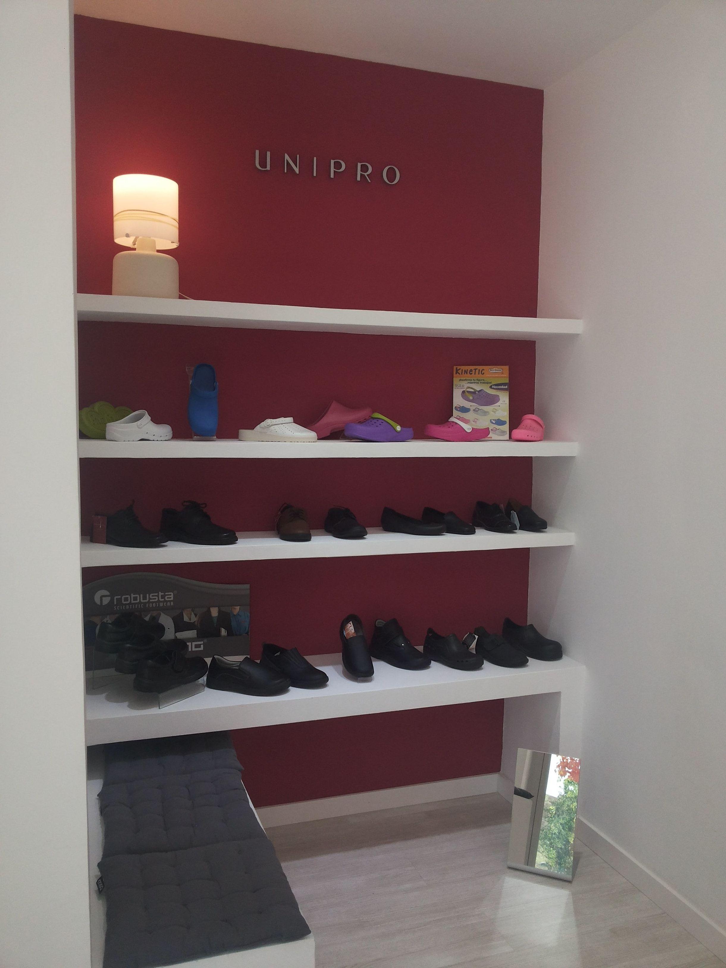 Tienda UNIPRO calzado profesional