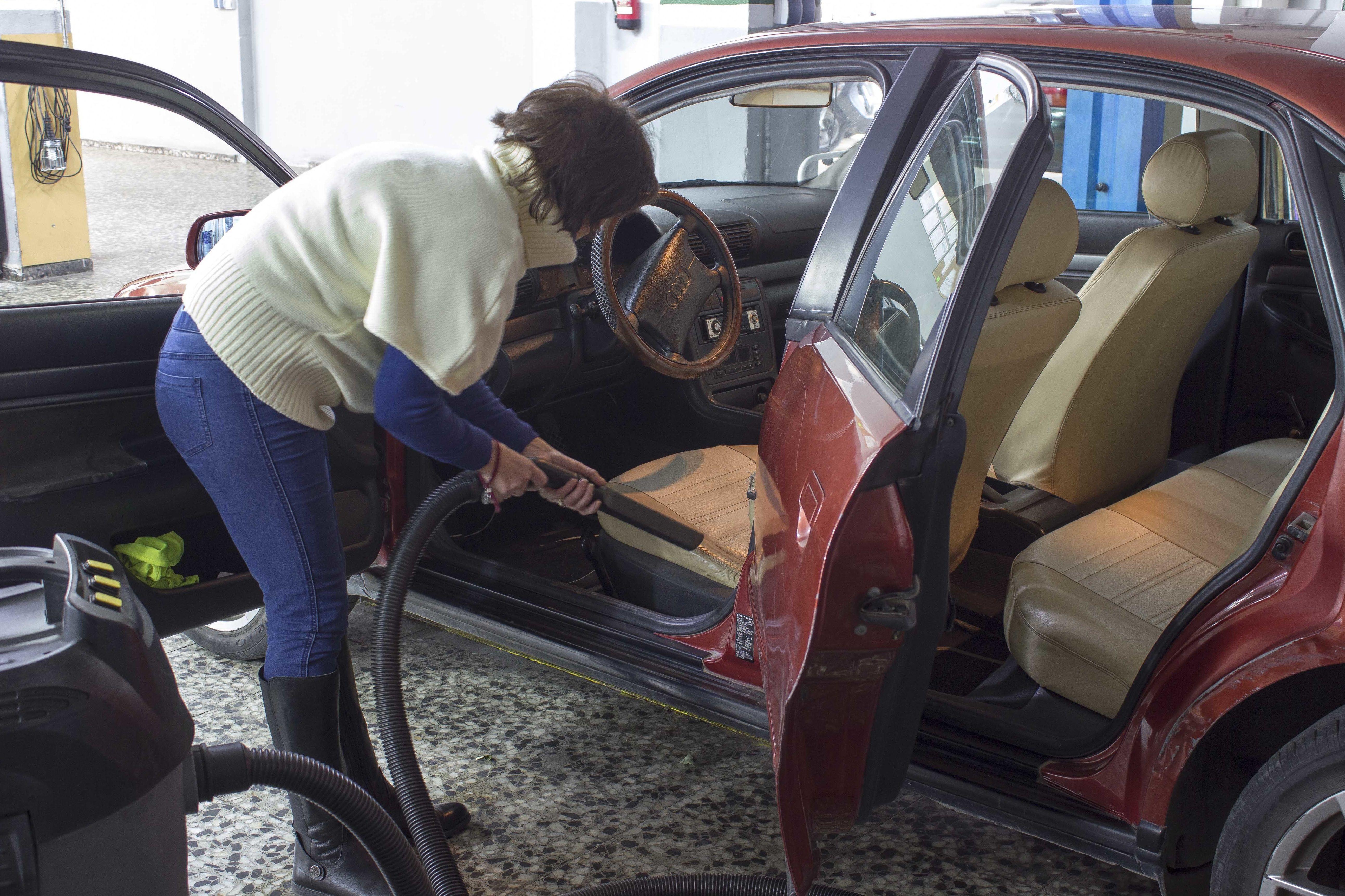 Limpieza interior de vehículo