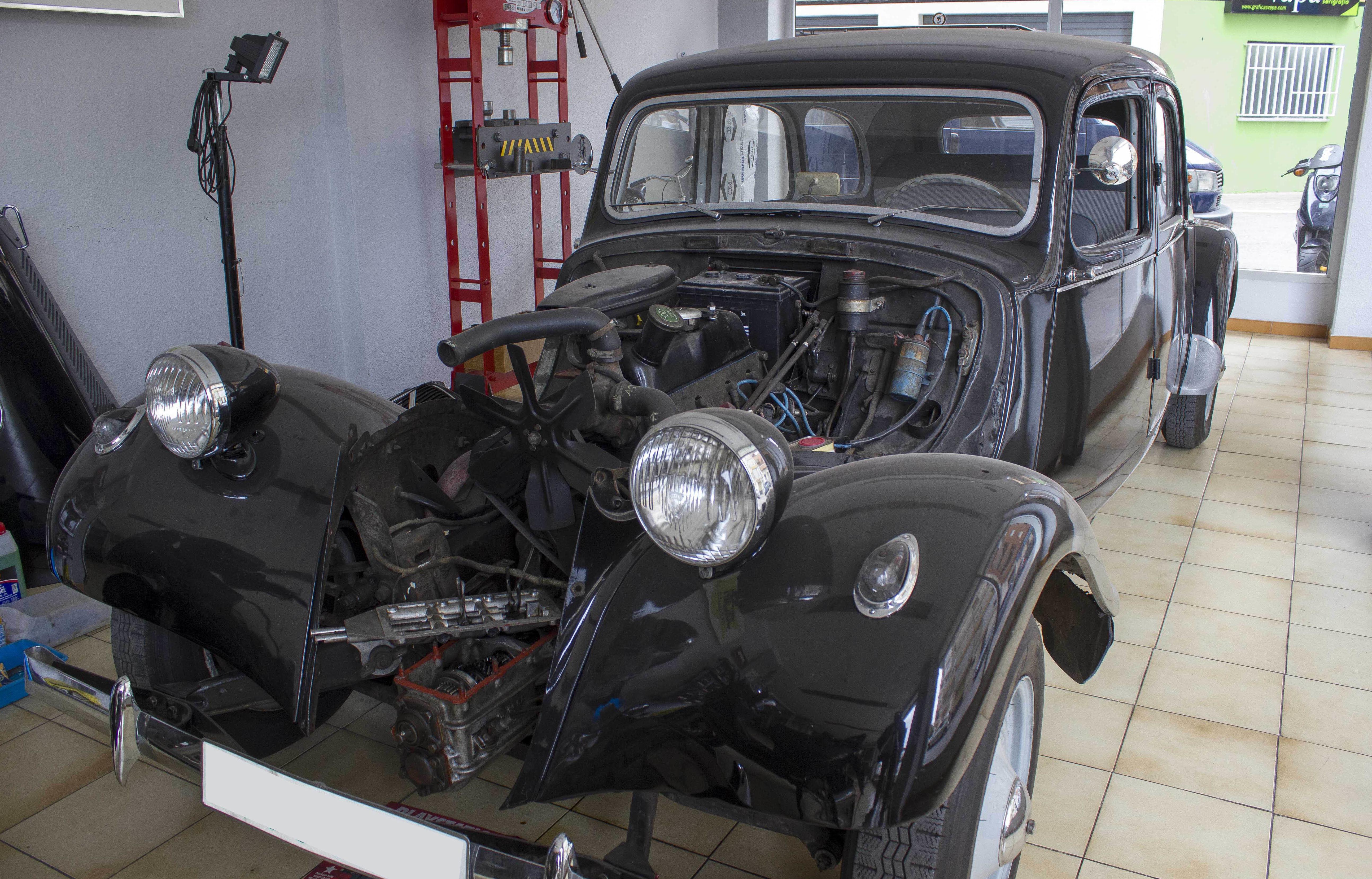 Reparación de coches antiguos