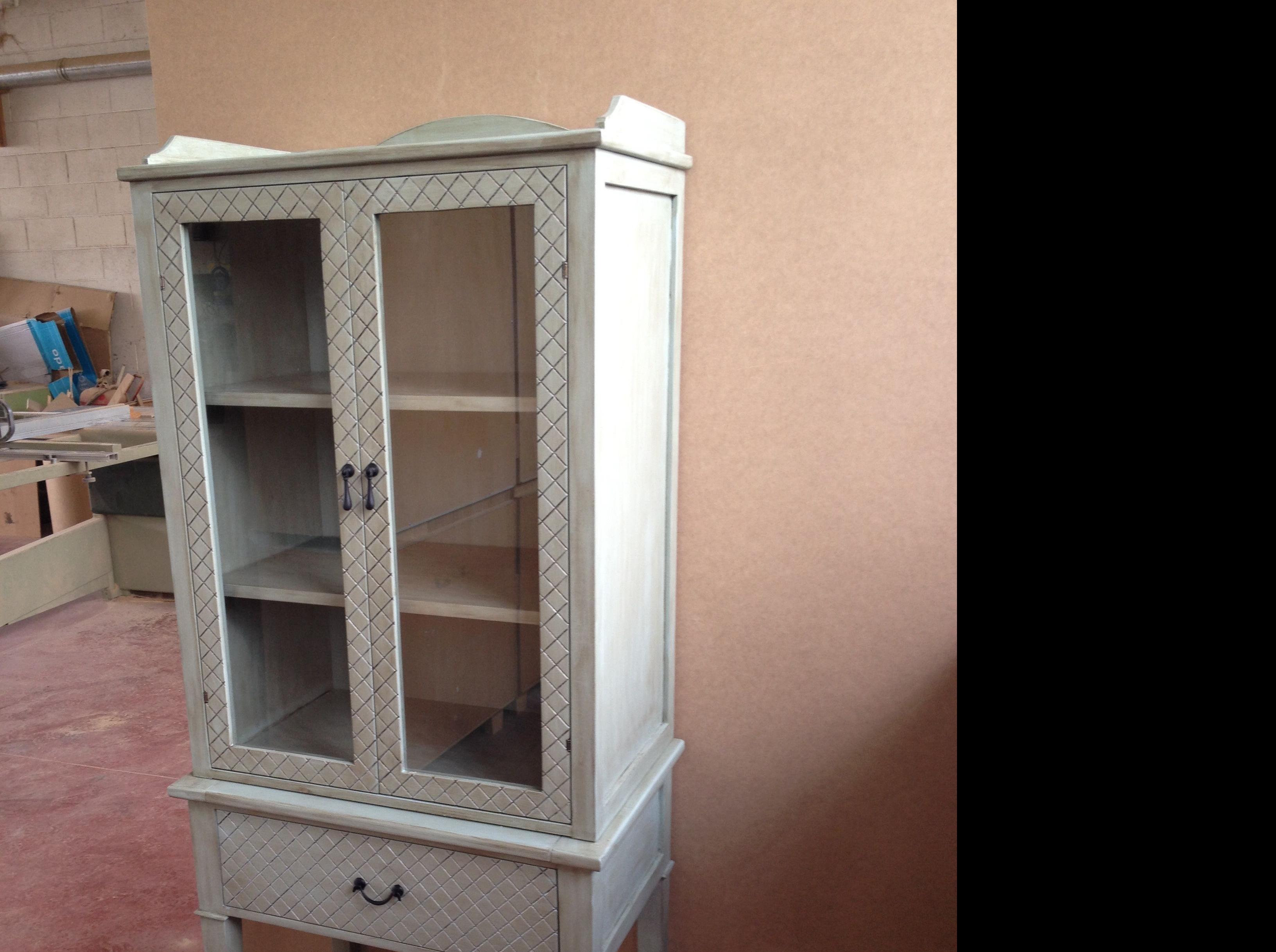 Mueble auxiliar personalizado / moble auxiliar personalitzat