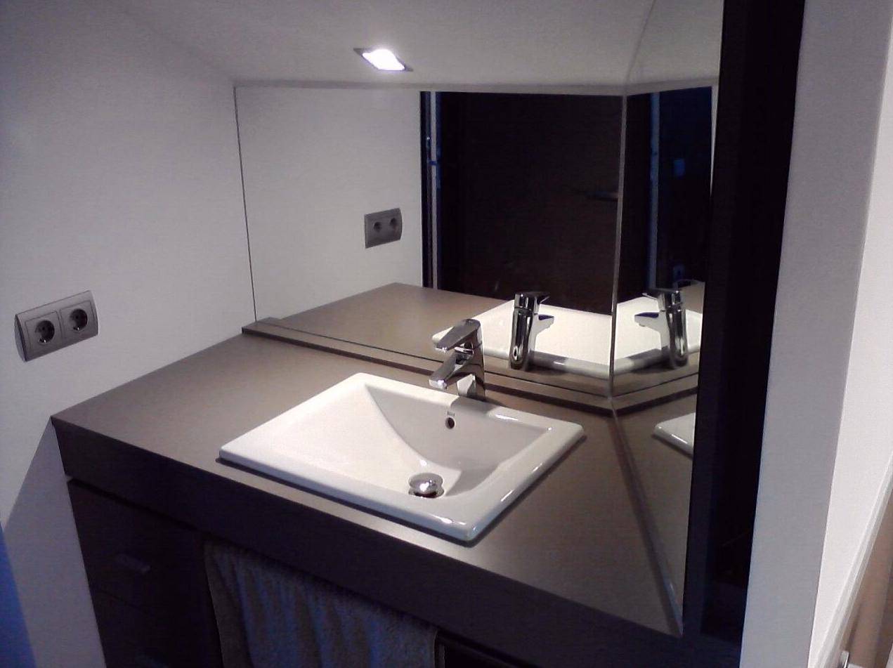 Fabricación de baños de diseño / banys de diseny