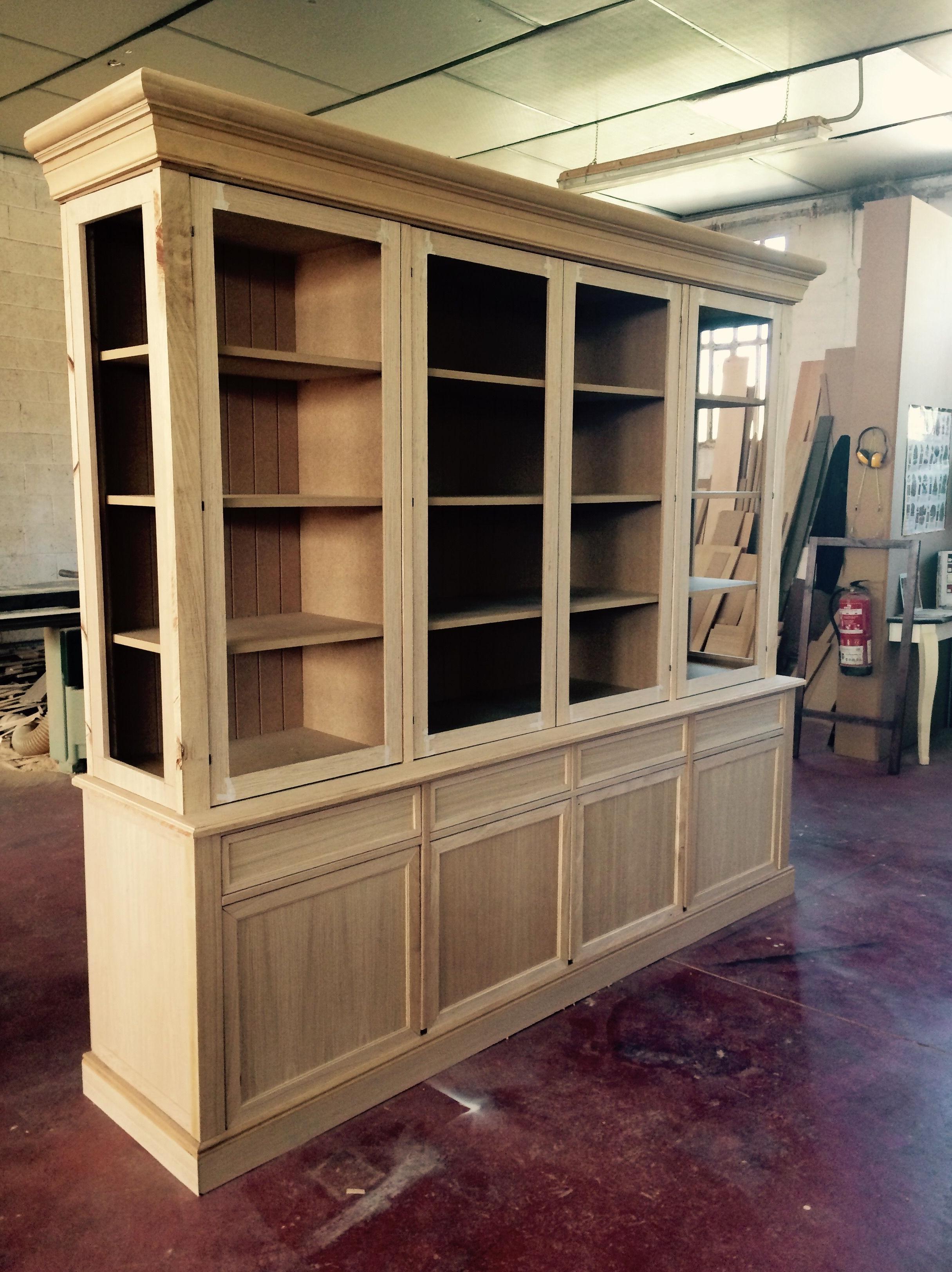 Fabricantes de todo tipo muebles a medida!!
