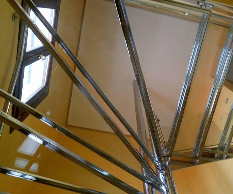 Escalera de acero inoxidable