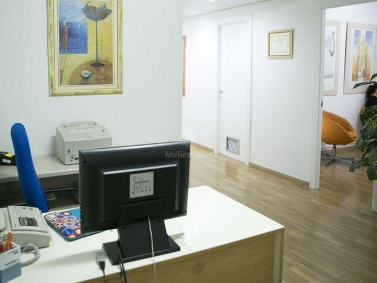 Contacta con nuestro centro para eliminar estrías y cicatrices en Tarragona