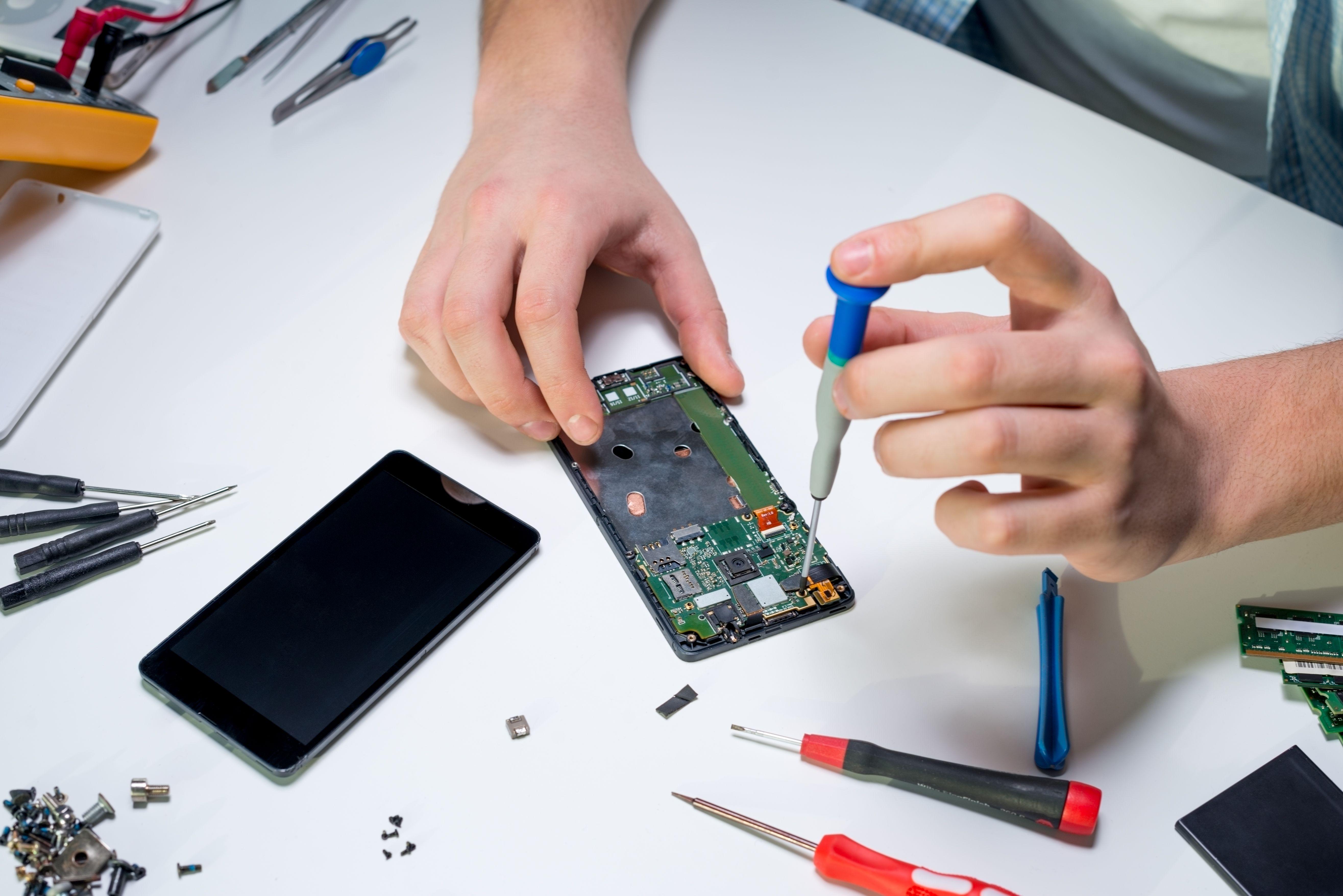 Reparación de móviles: Servicios de Tintas y Toners Cadagua