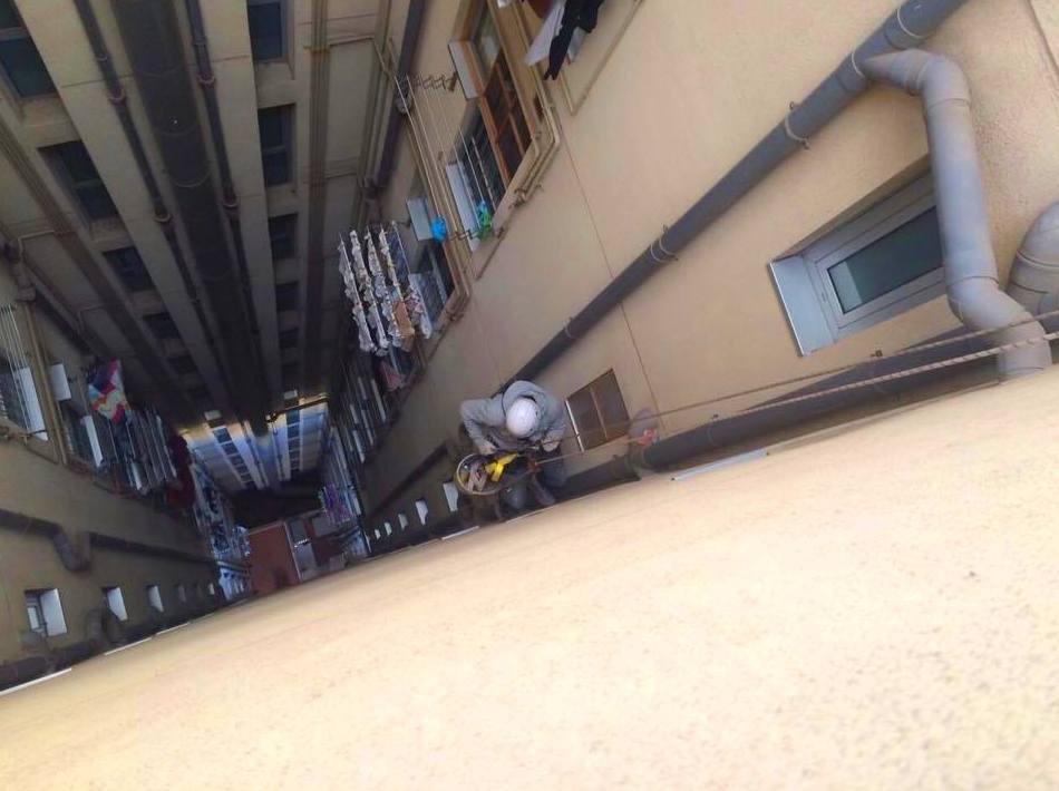 Foto 15 de Rehabilitación de edificios en Santa Coloma de Gramenet | Rehabilitar BCN
