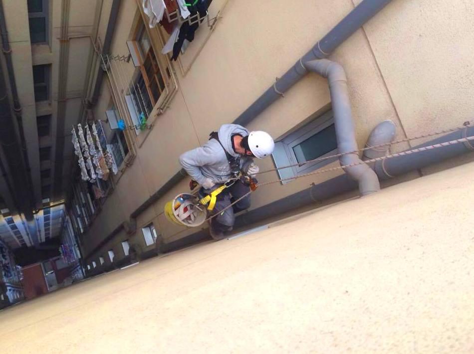 Foto 21 de Rehabilitación de edificios en Santa Coloma de Gramenet | Rehabilitar BCN